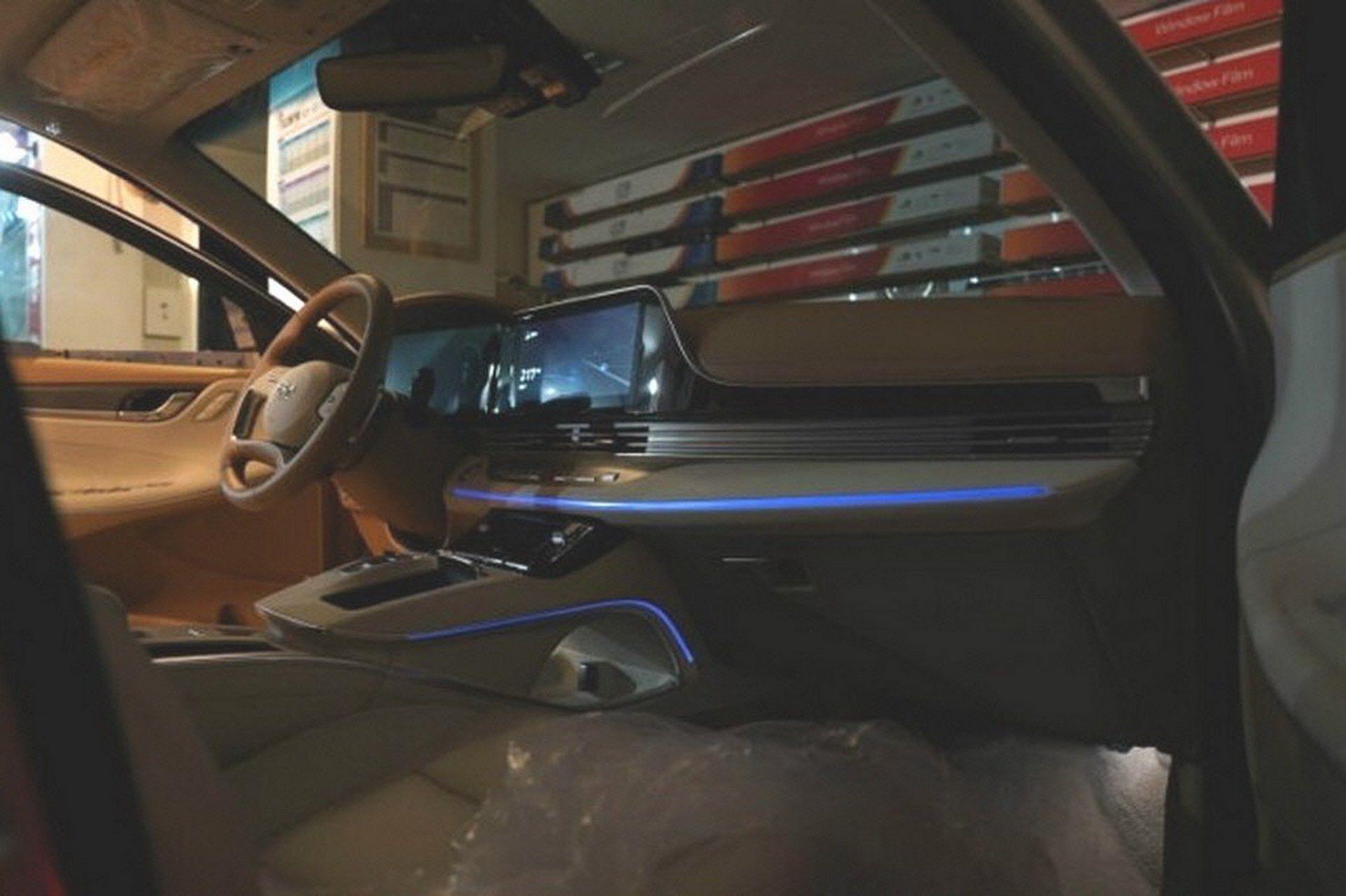 Hyundai-Grandeur-Azera-2020-leaked-photos-6