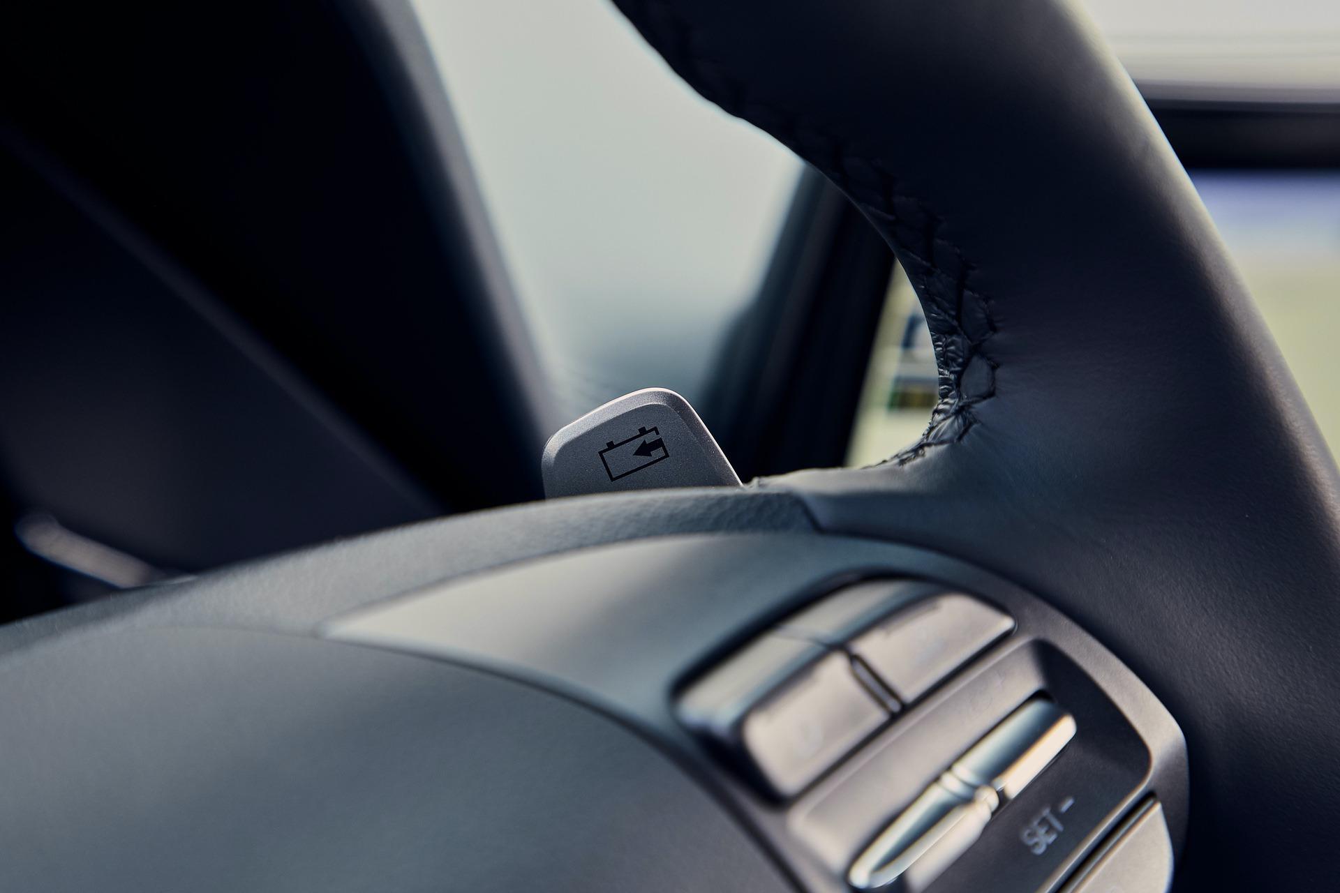 New-Hyundai-IONIQ-Electric-Interior-4