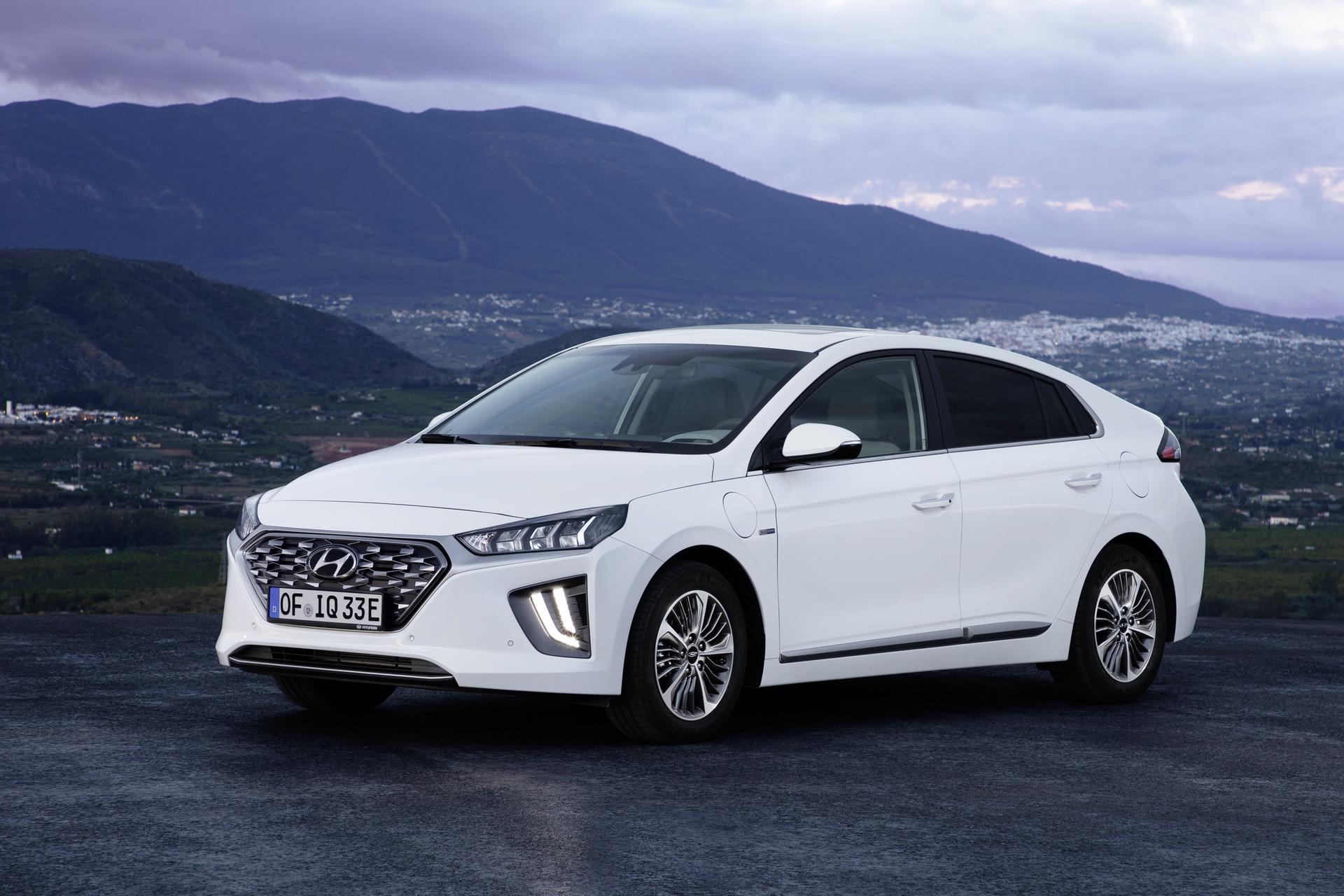 New-Hyundai-IONIQ-Plug-in-5