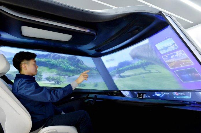 Hyundai MobisAutonomous Driving Interior Concept (4)