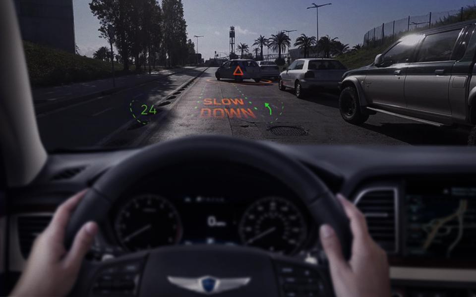 Hyundai Motor Group_WayRay_AR navigation 2