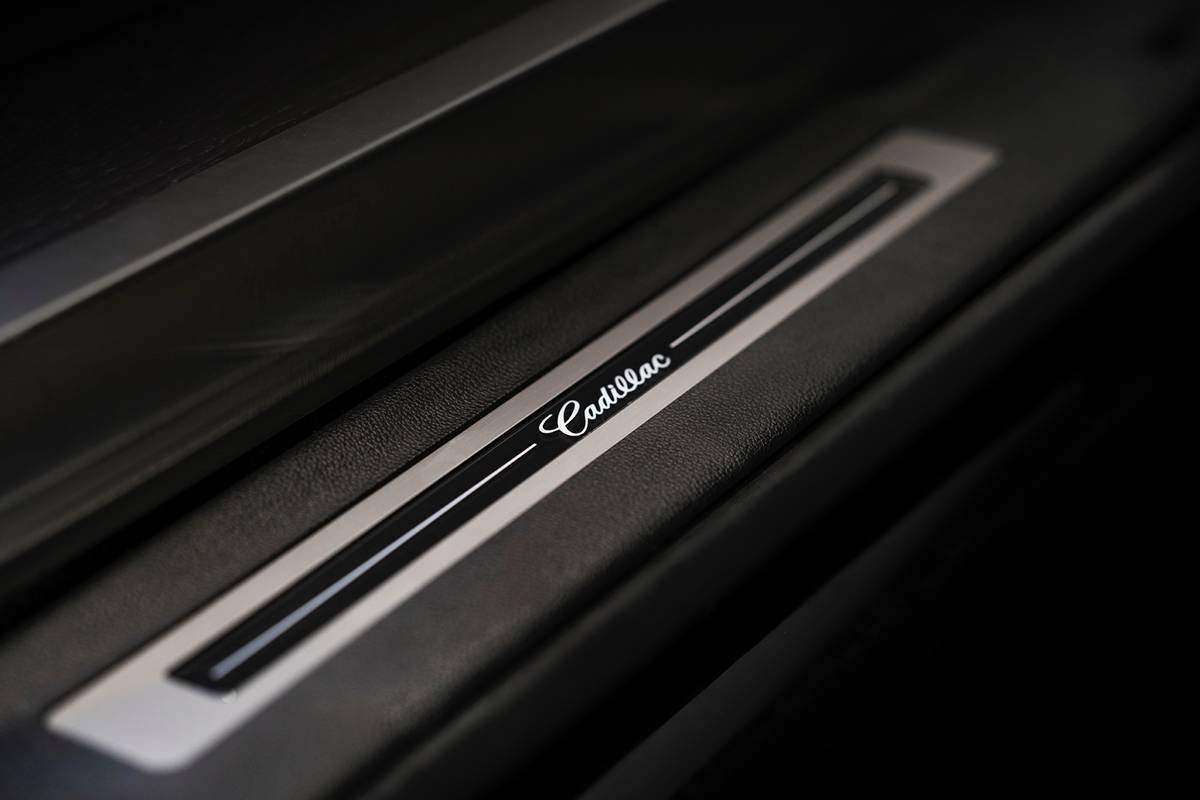Inkas armored Cadillac Escalade Chairman Package (8)