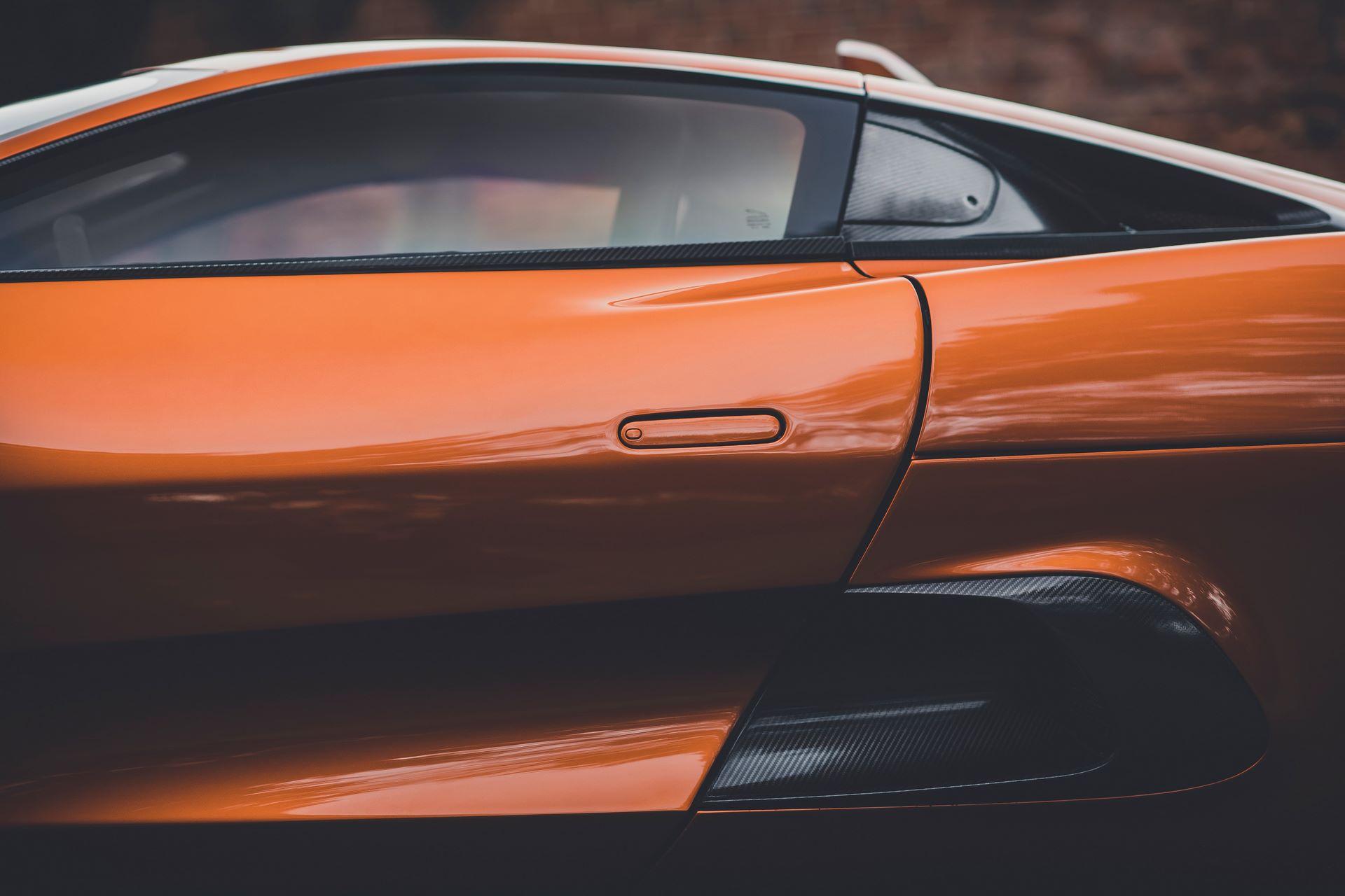 Jaguar-C-X75-Spectre-James-Bond-18