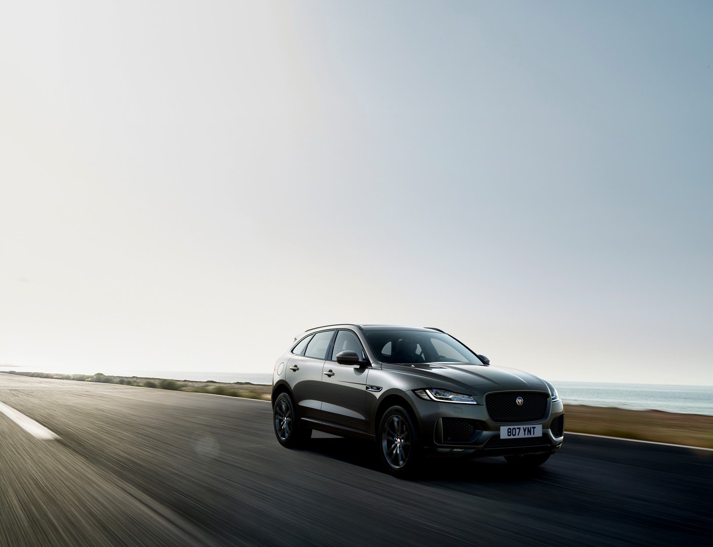 Jaguar F-Pace 300 Sport And Chequered Flag Editions (12)