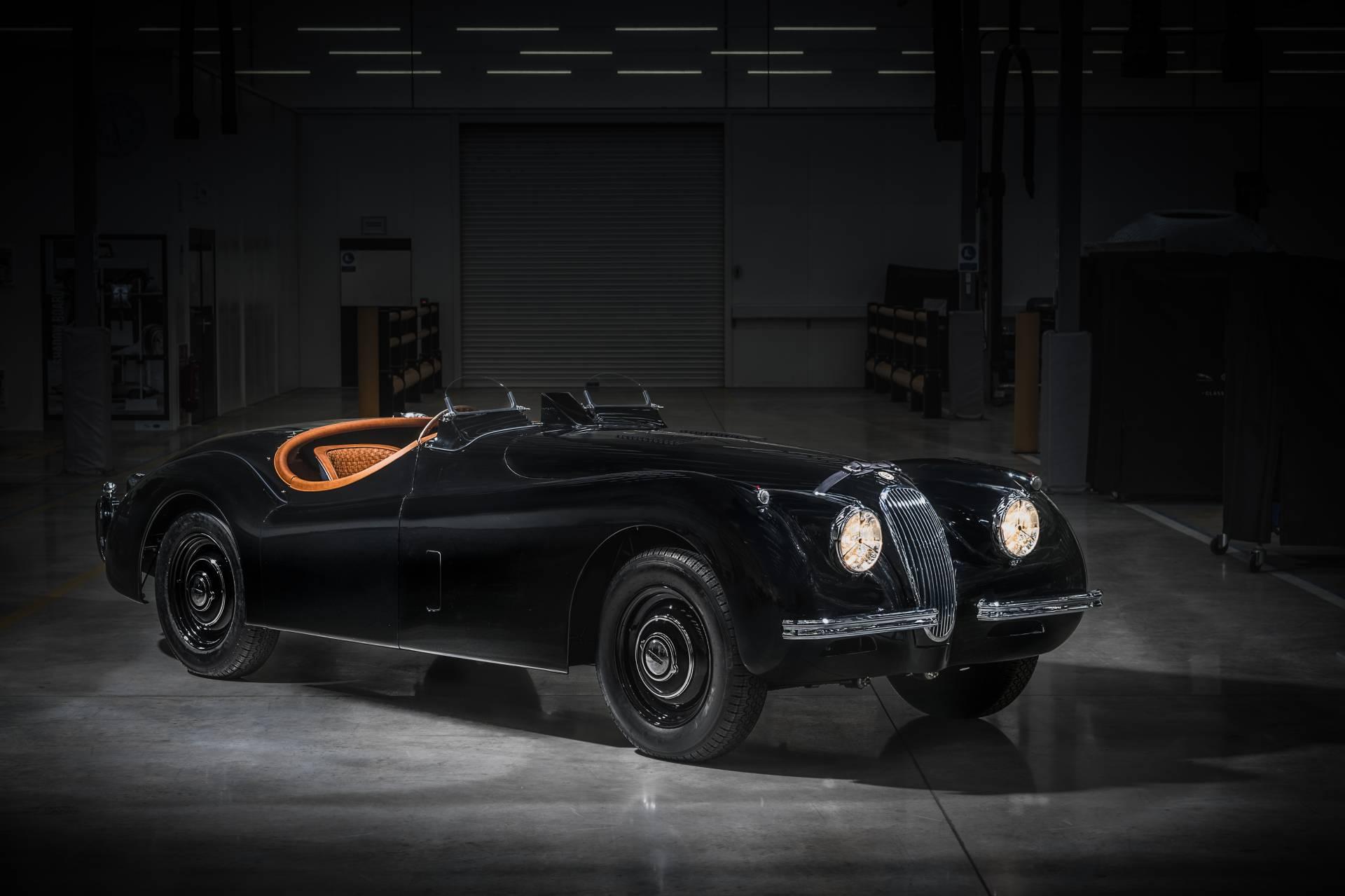 Jaguar-XK120-1954-restored.-1