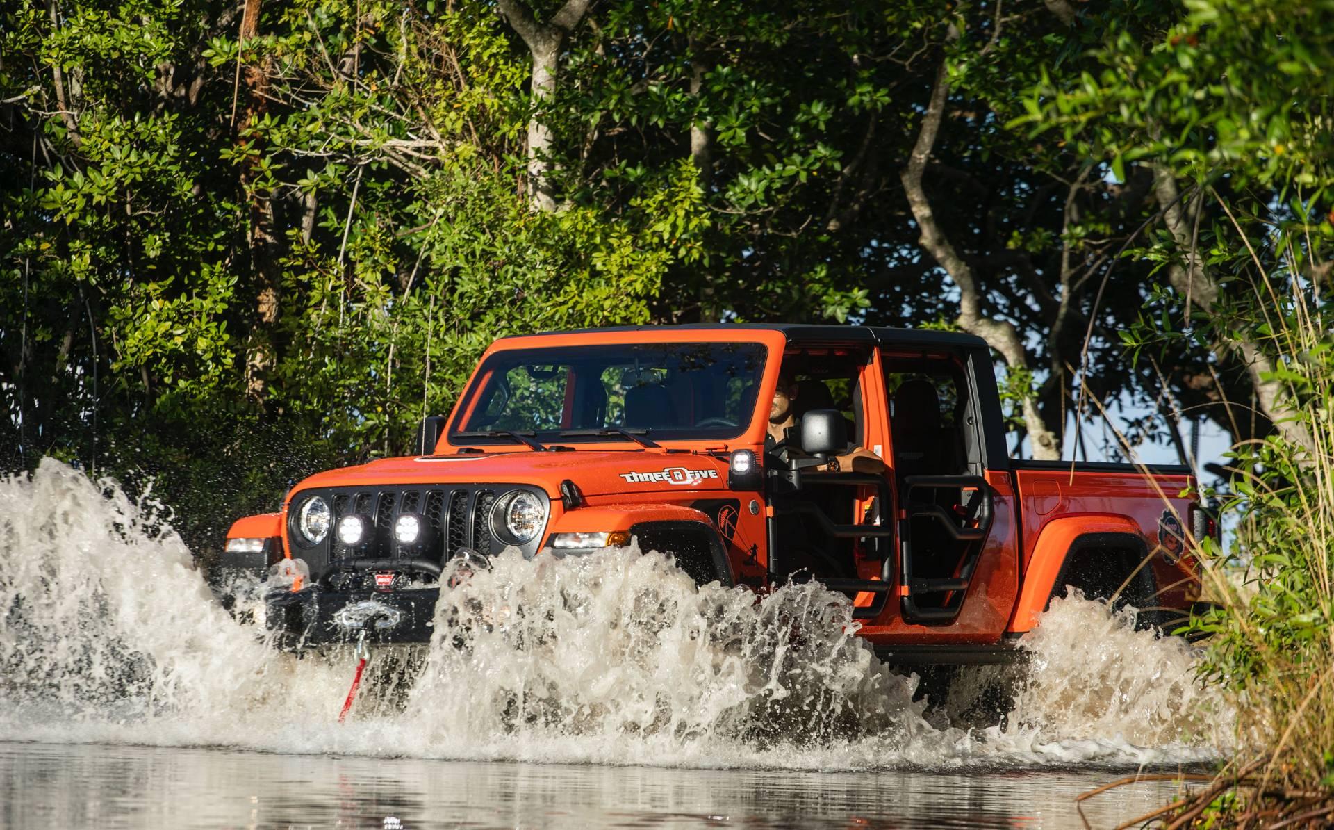 "2020-jeep-gladiator-""three-o-five""-edition-5"