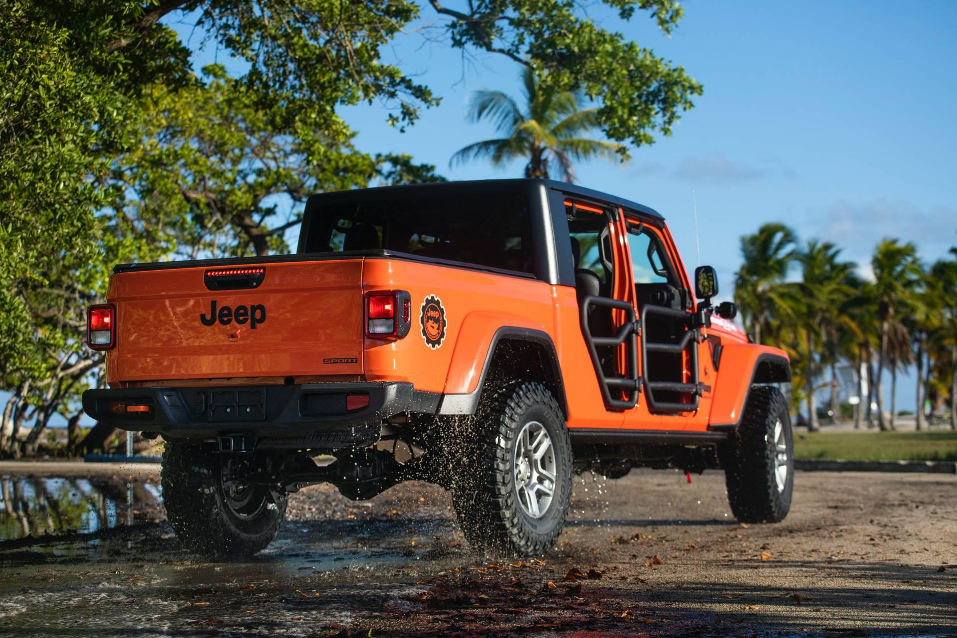 "2020-jeep-gladiator-""three-o-five""-edition-7"