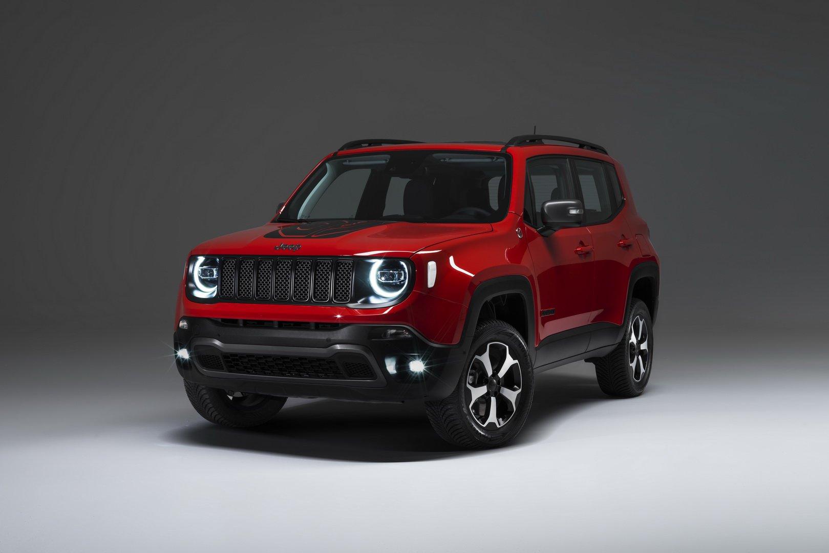 24dc4102-2019-jeep-renegade-phev-1