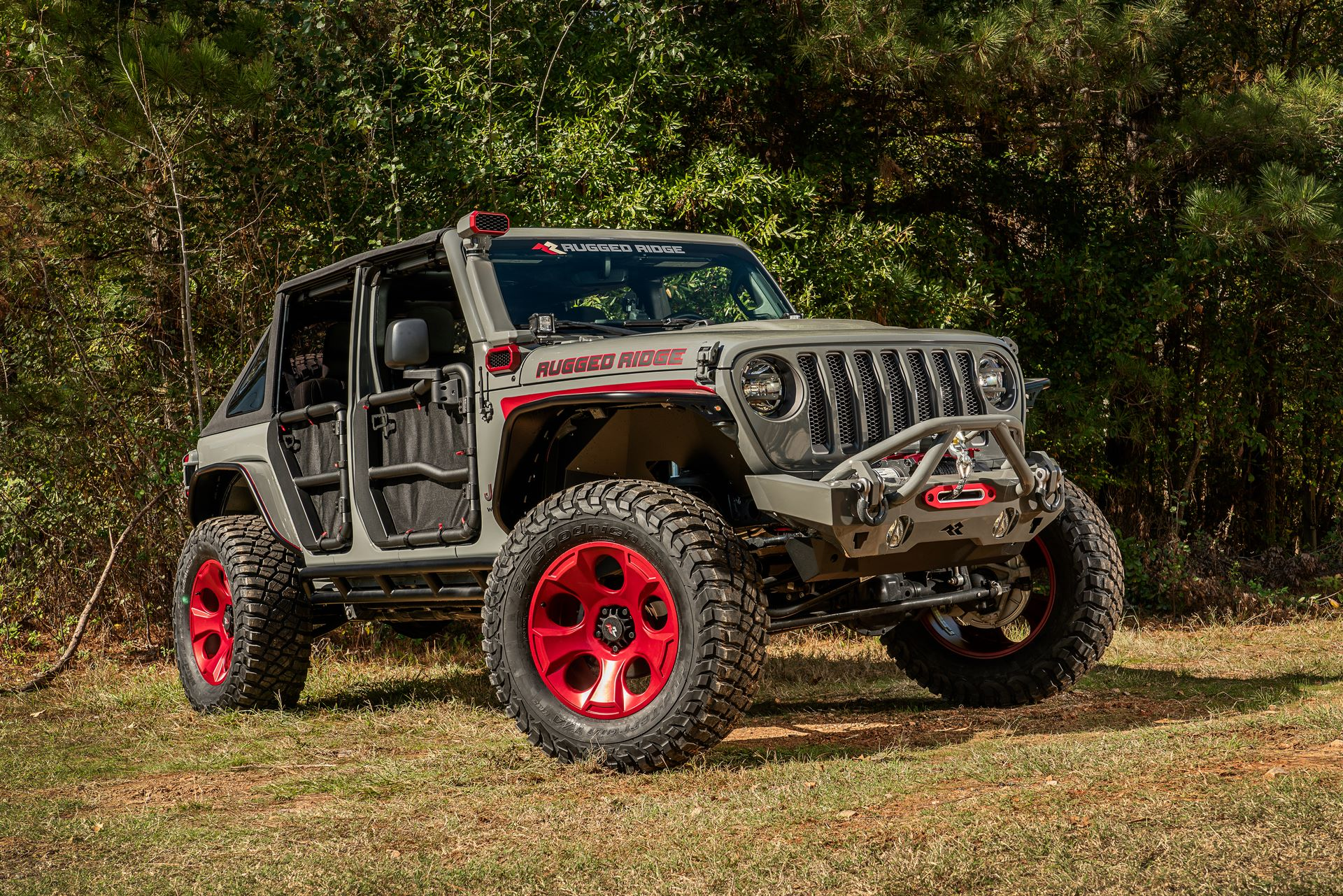 rugged_ridge_jeep_wrangler_unlimited_rubicon_sema_2019_009
