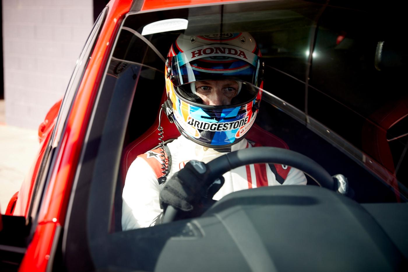 Jenson_Button_Bathurst_Honda_Civic_Type_R_0001
