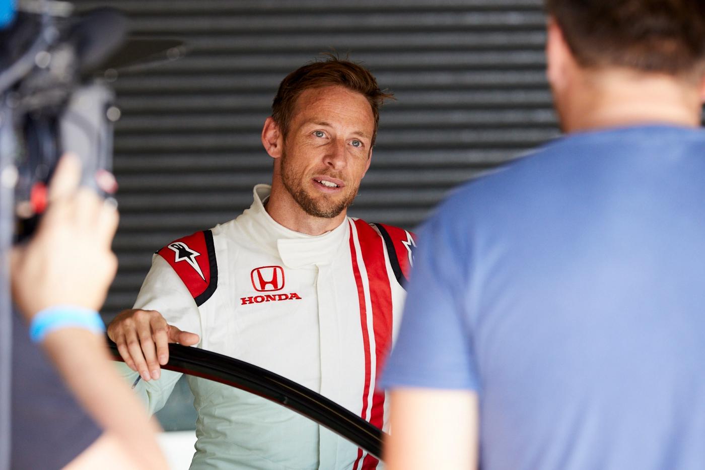 Jenson_Button_Bathurst_Honda_Civic_Type_R_0003