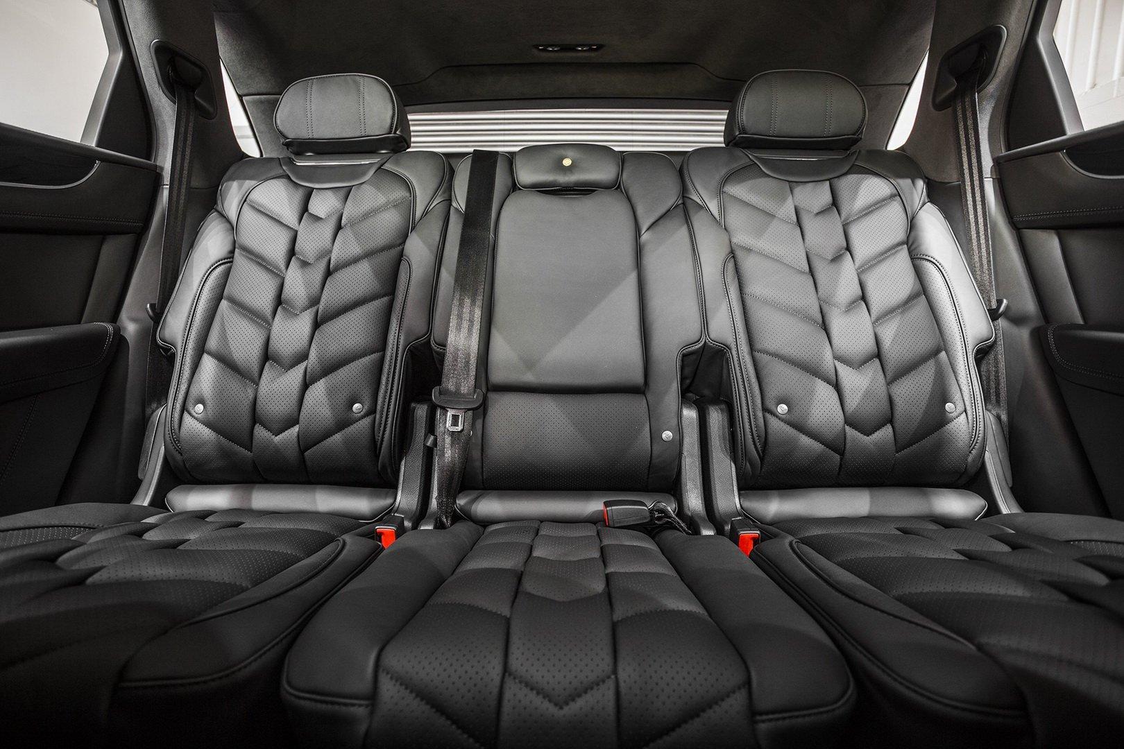 Kahn-Design-Bentley-Bentayga-V8-Centenary-Edition-10