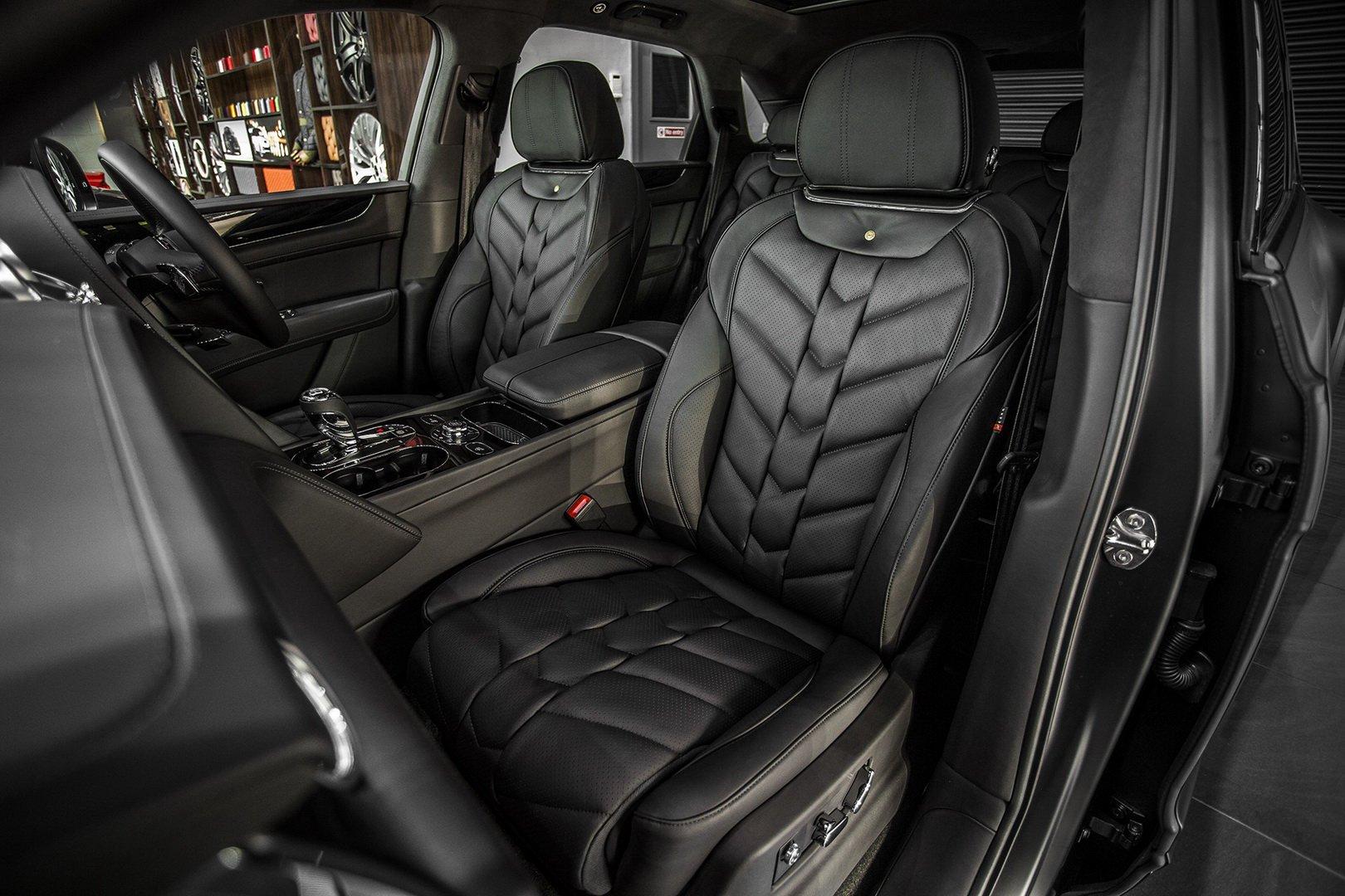 Kahn-Design-Bentley-Bentayga-V8-Centenary-Edition-11