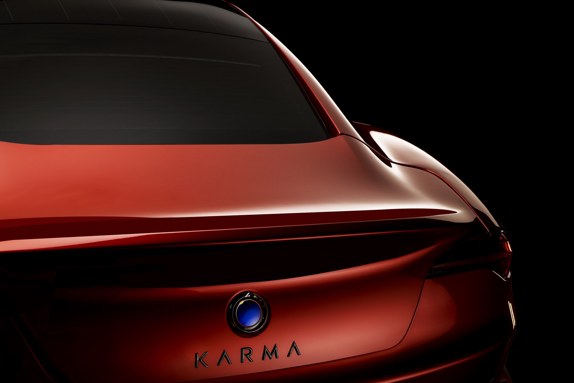 d24128bd-karma-revero-gt-03