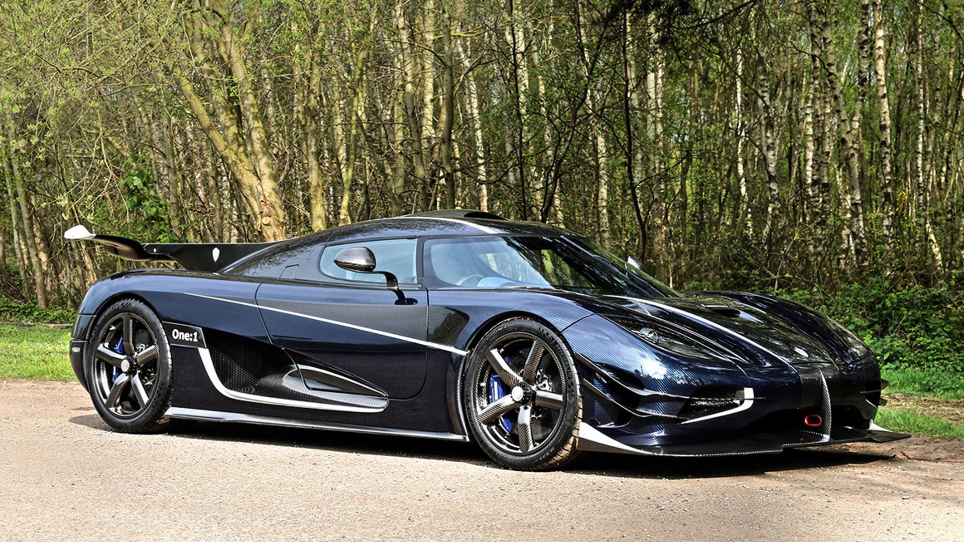 Koenigsegg-One-1-1