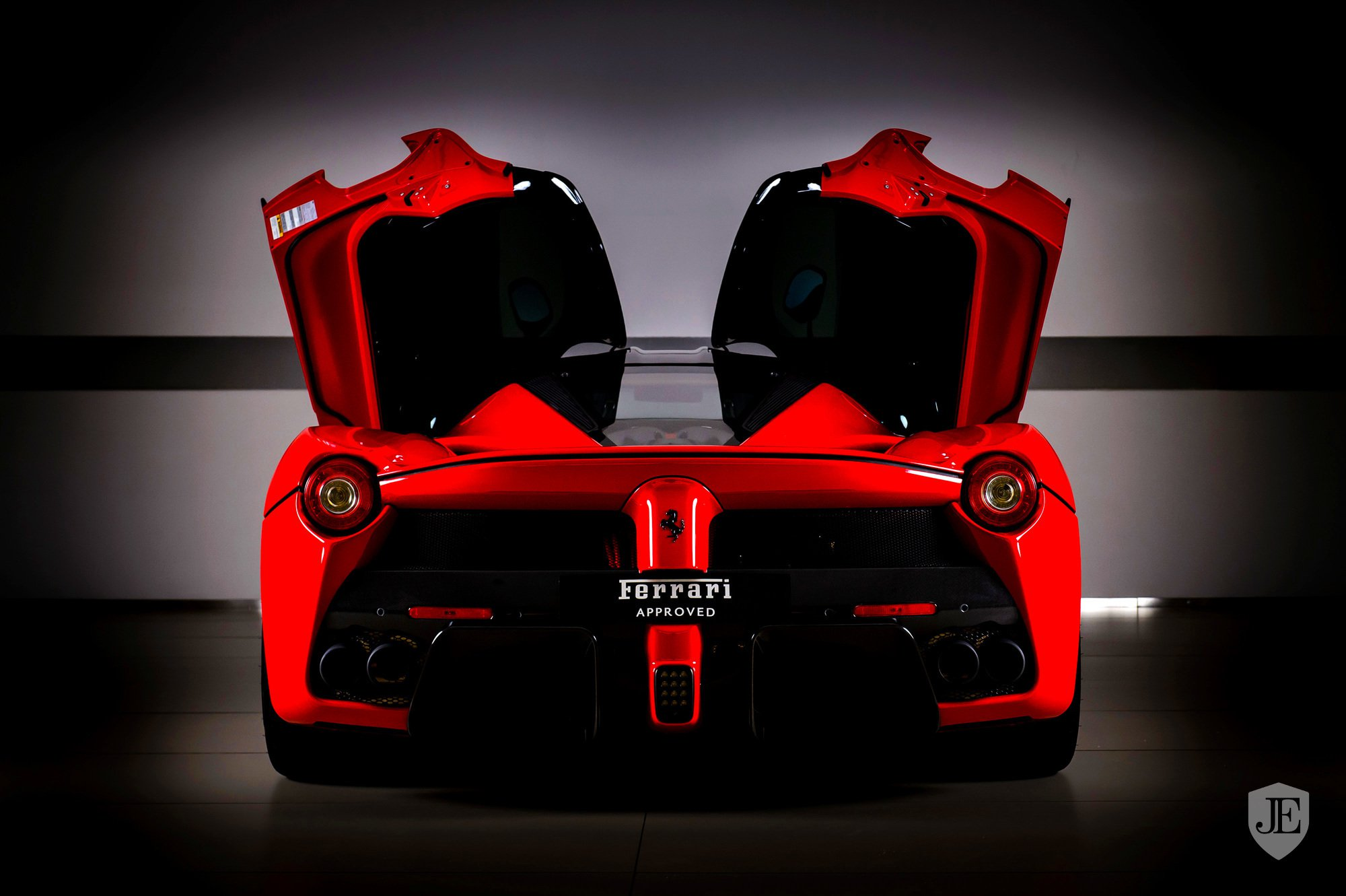 LaFerrari-for-sale-Dubai-12