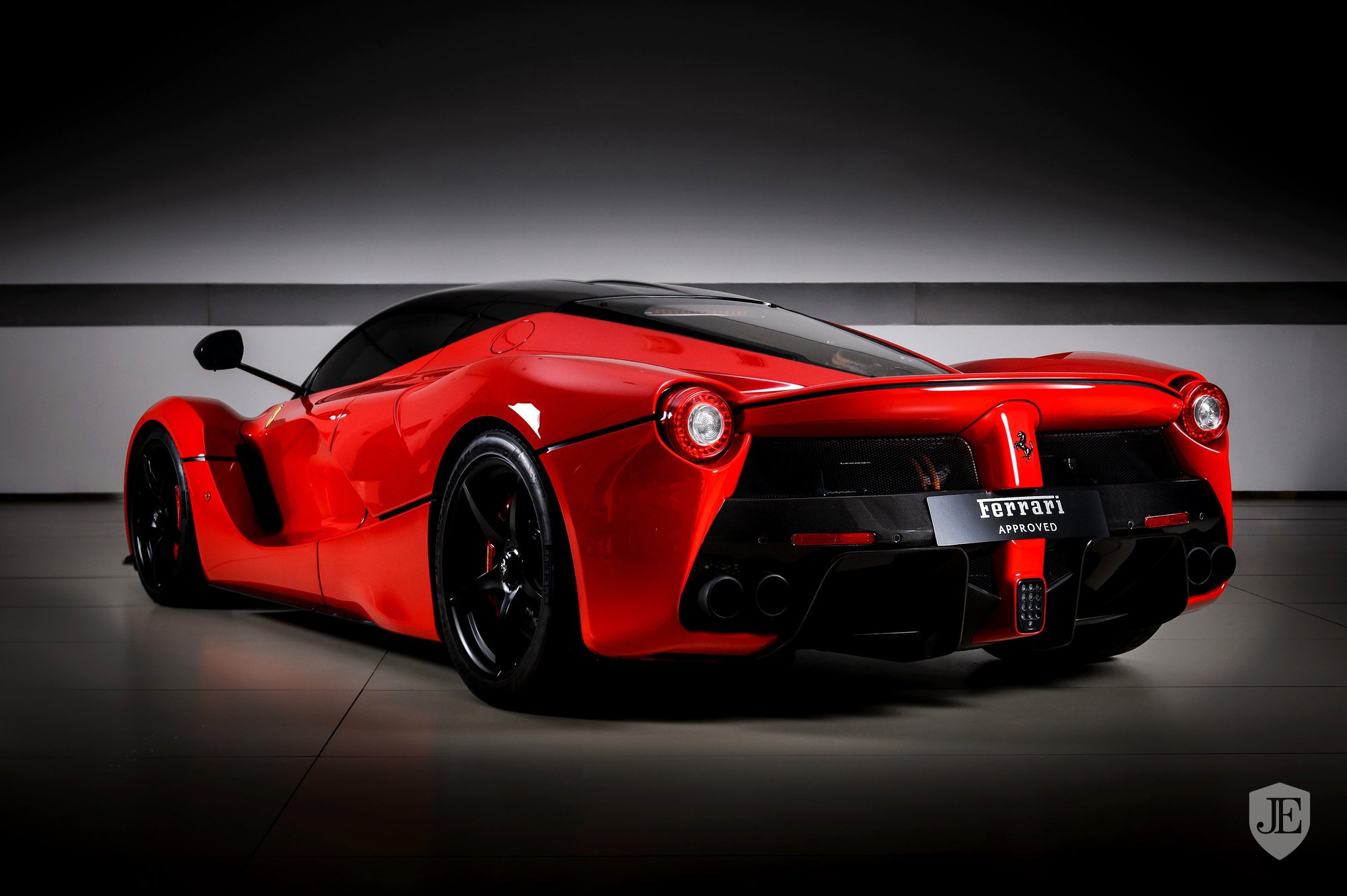 LaFerrari-for-sale-Dubai-18