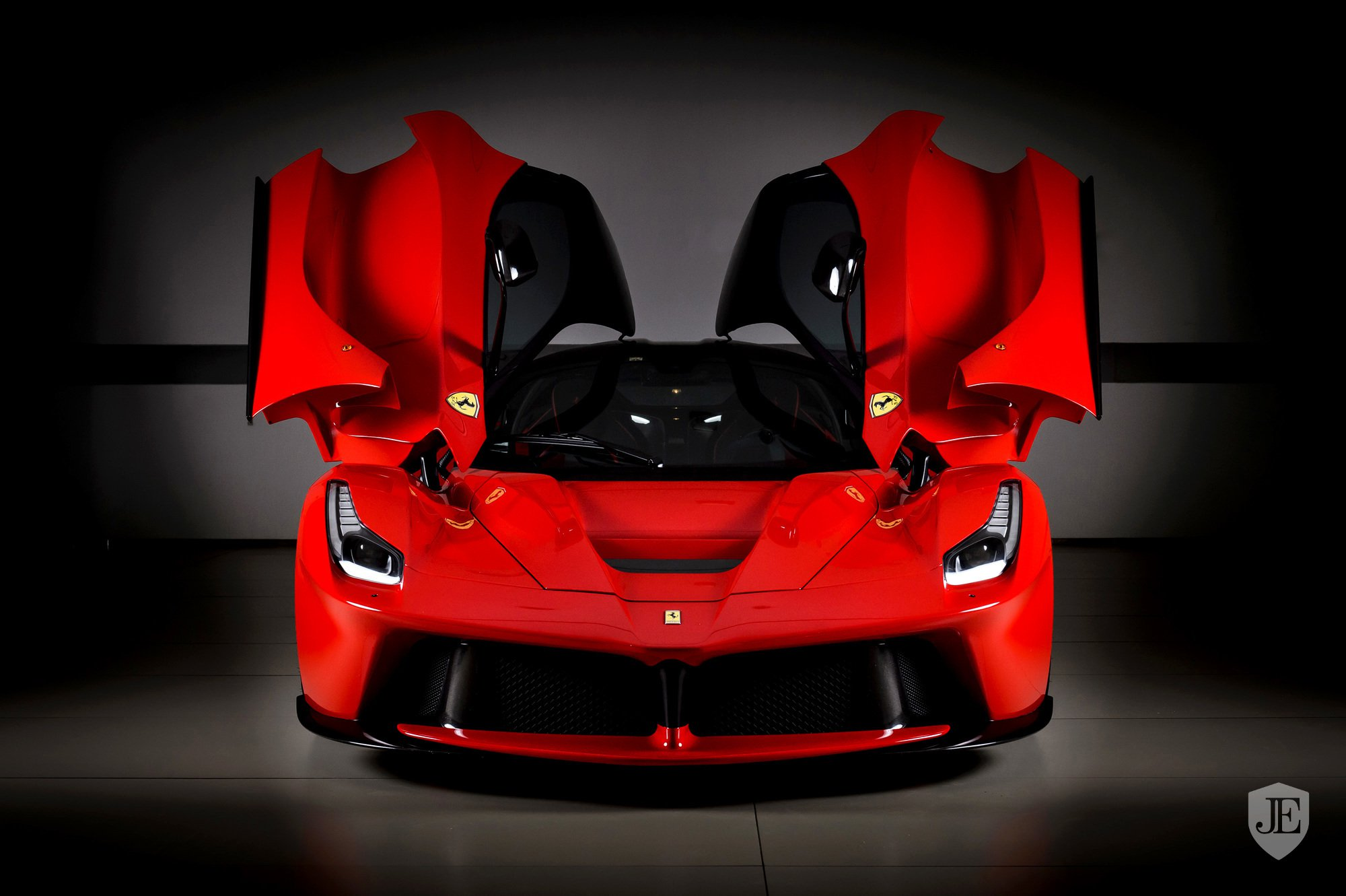 LaFerrari-for-sale-Dubai-4