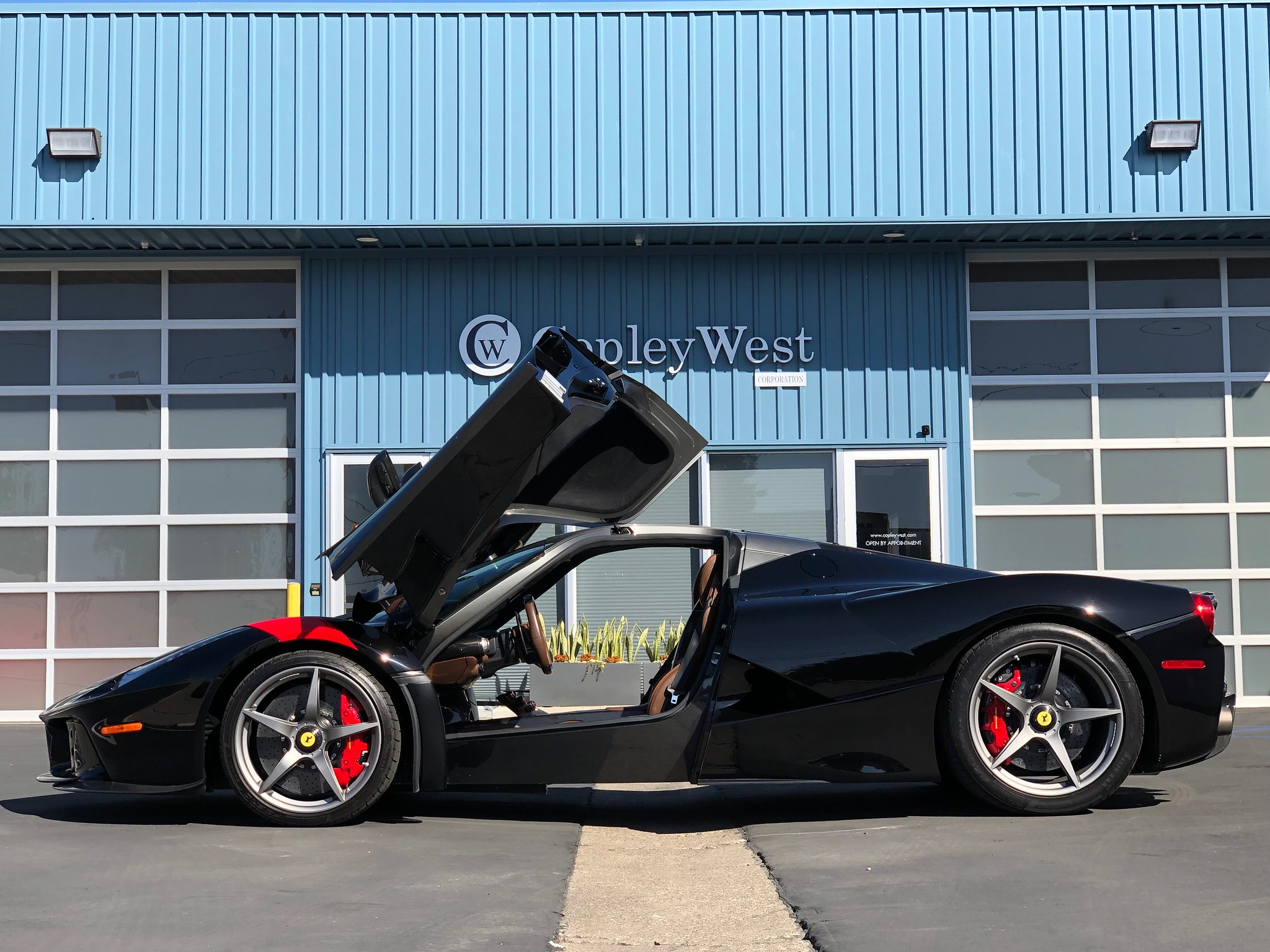 LaFerrari_sale_0004