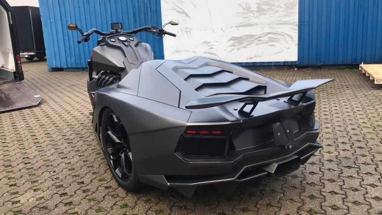 Lamborghini Aventador bike ν Boss Hoss Cycles Germany (4)