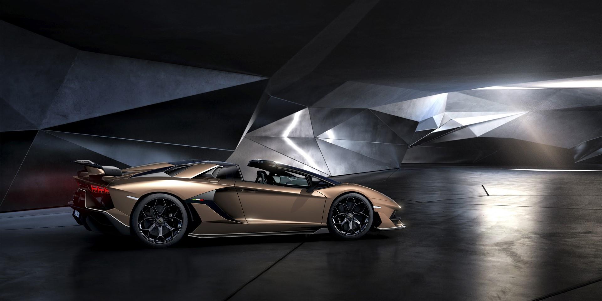 Lamborghini Aventador SVJ Roadster (11)