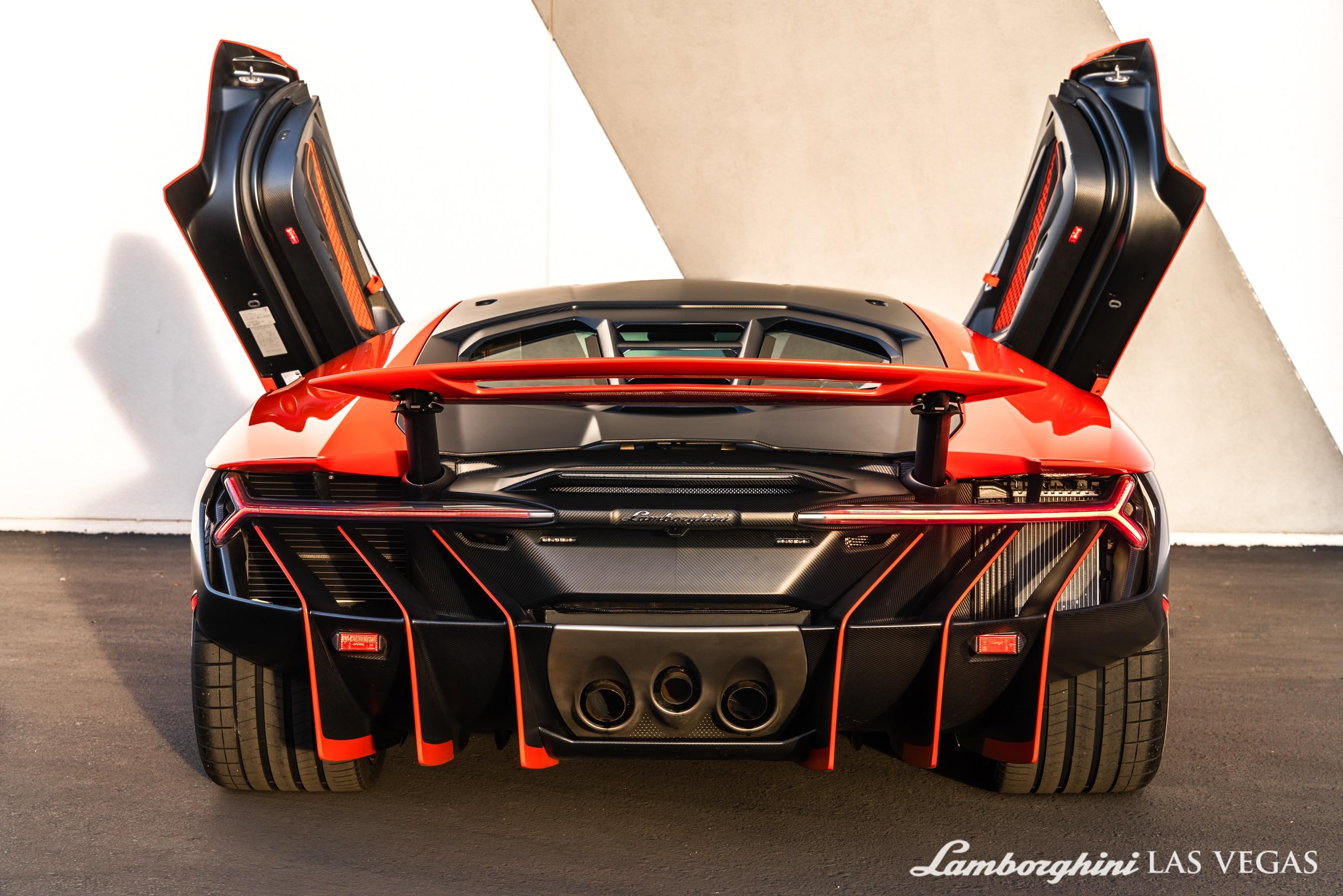 2017_Lamborghini_Centenario_for_sale_0015