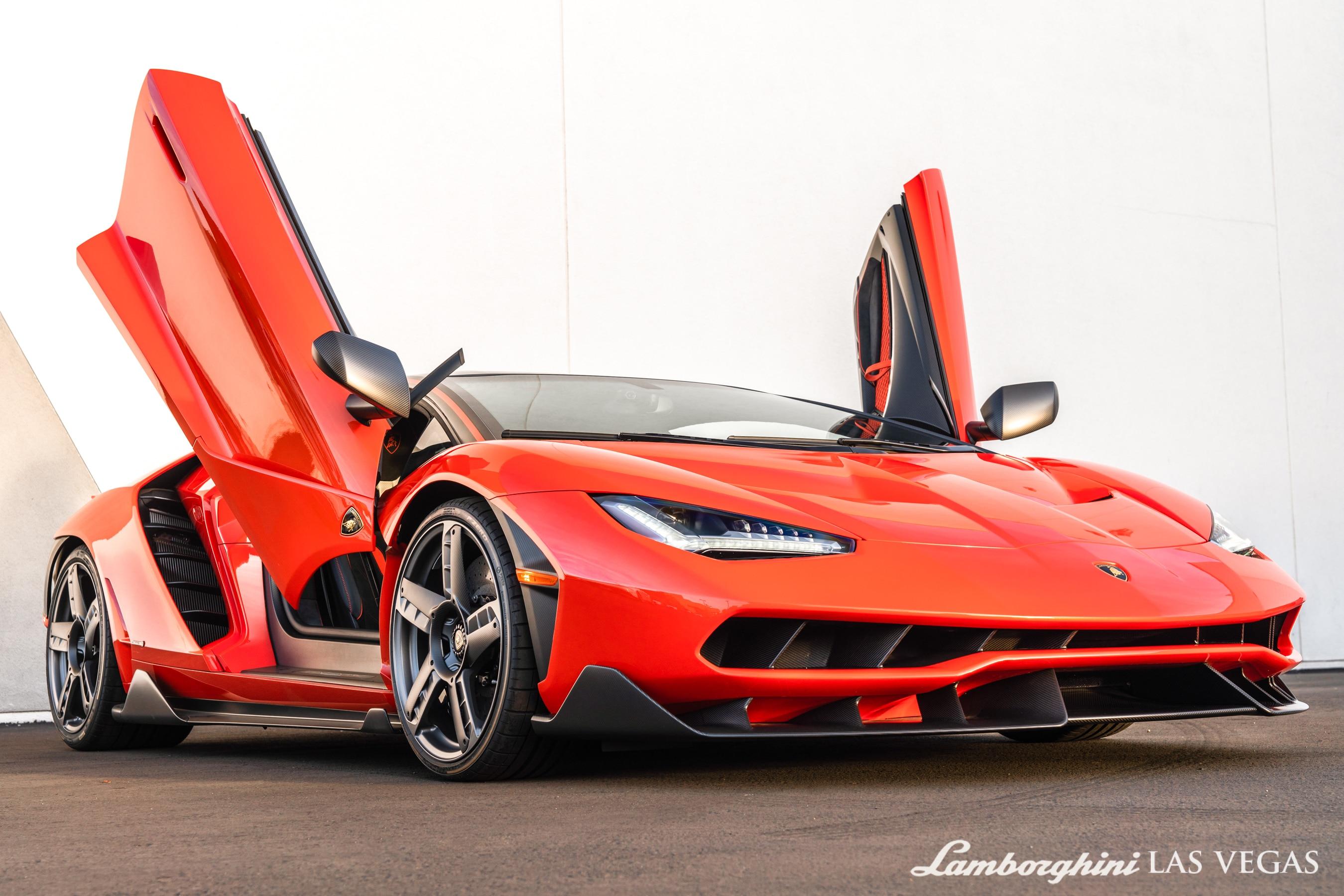 2017_Lamborghini_Centenario_for_sale_0029