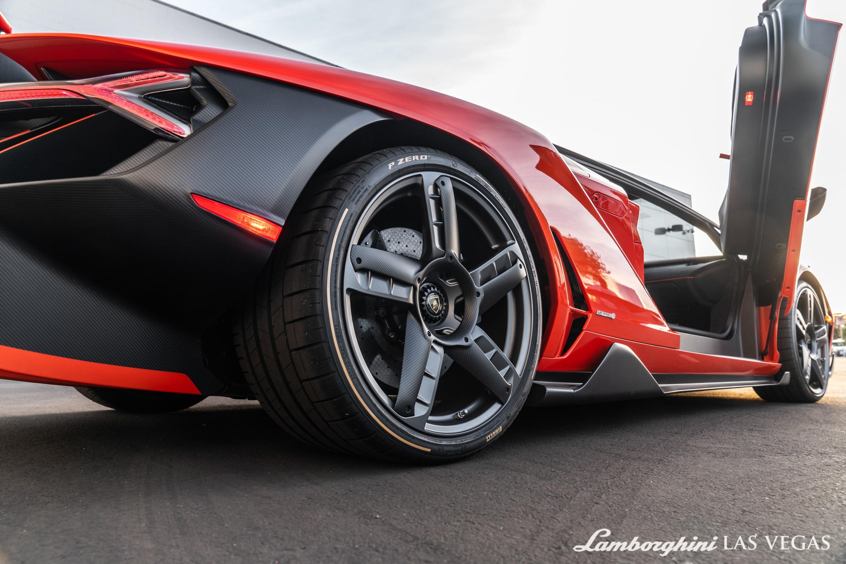 2017_Lamborghini_Centenario_for_sale_0031