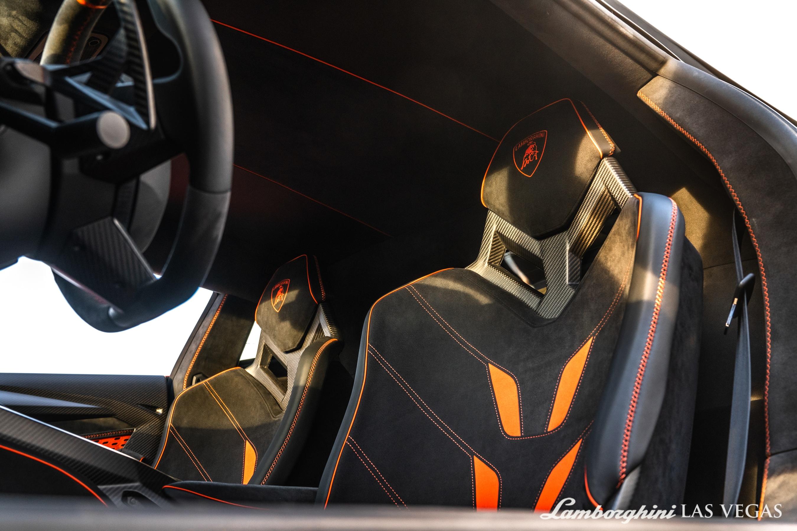 2017_Lamborghini_Centenario_for_sale_0040