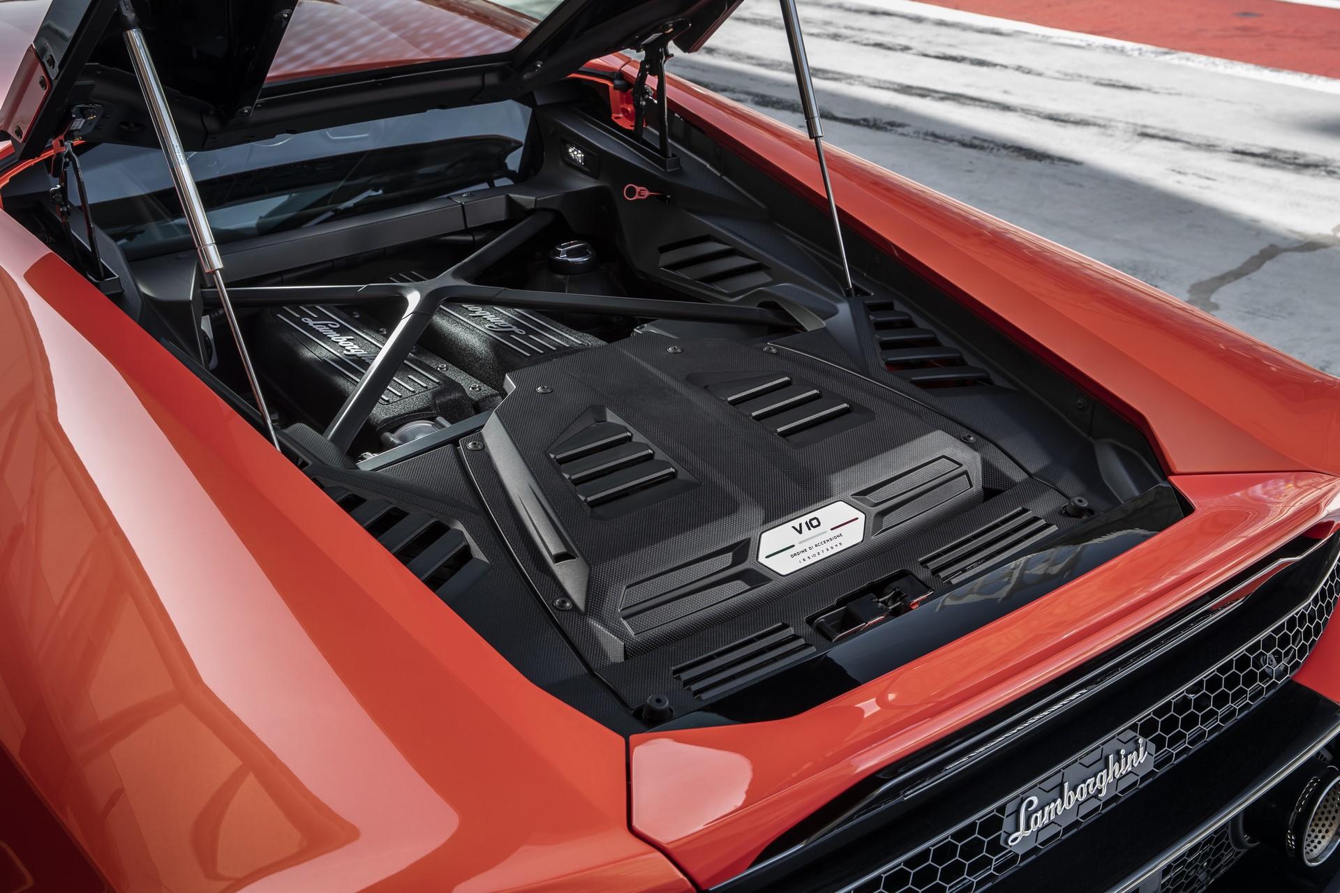 Lamborghini Huracan Evo 2019 (43)