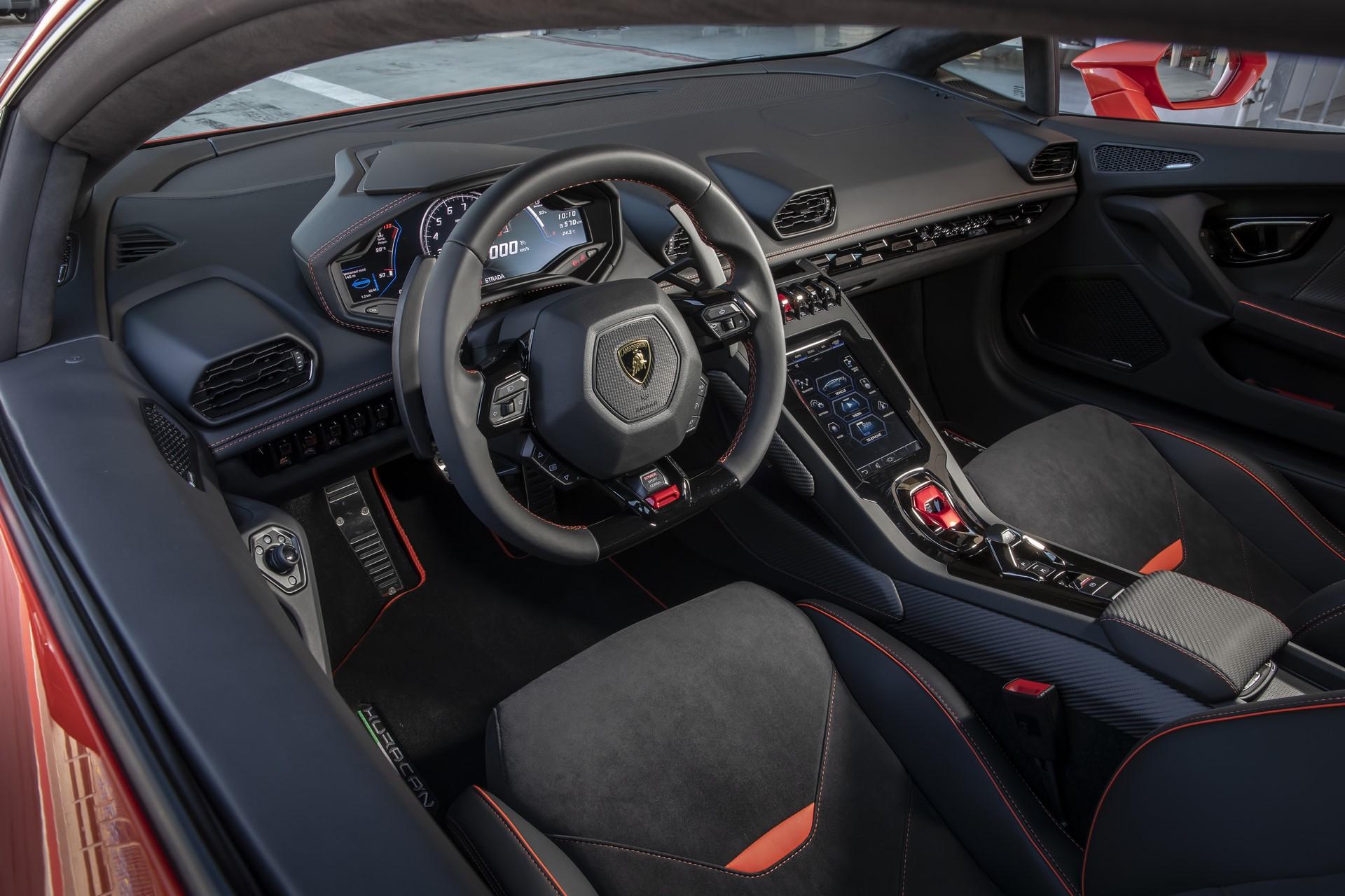 Lamborghini Huracan Evo 2019 (44)