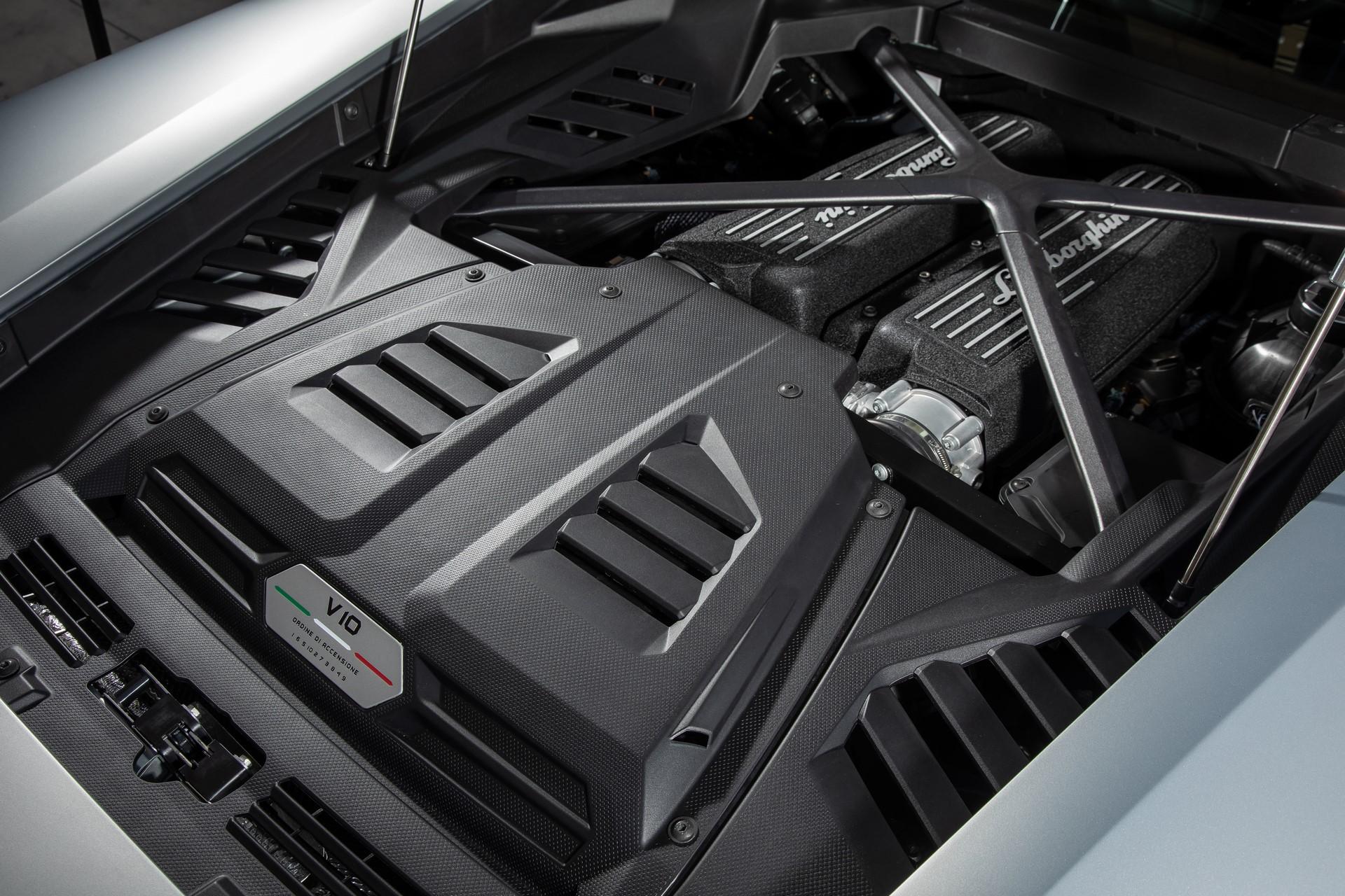 Lamborghini Huracan Evo 2019 (46)