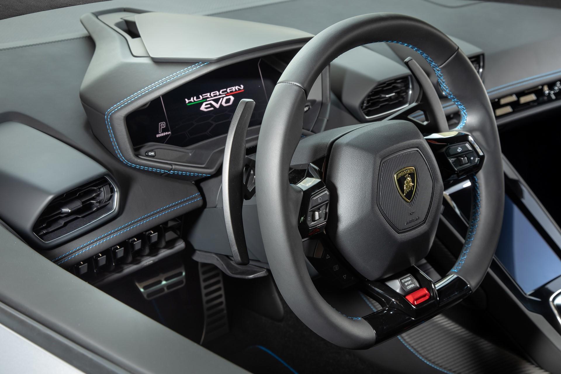 Lamborghini Huracan Evo 2019 (49)