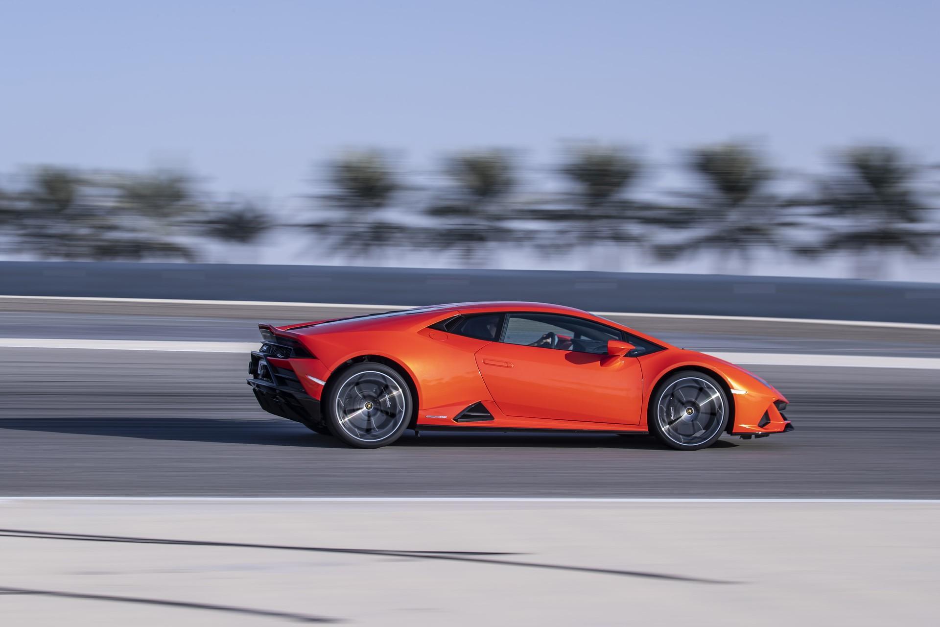 Lamborghini Huracan Evo 2019 (52)