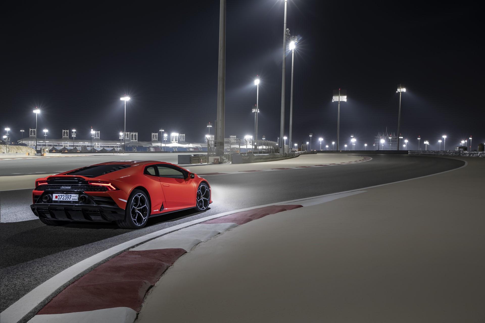 Lamborghini Huracan Evo 2019 (58)