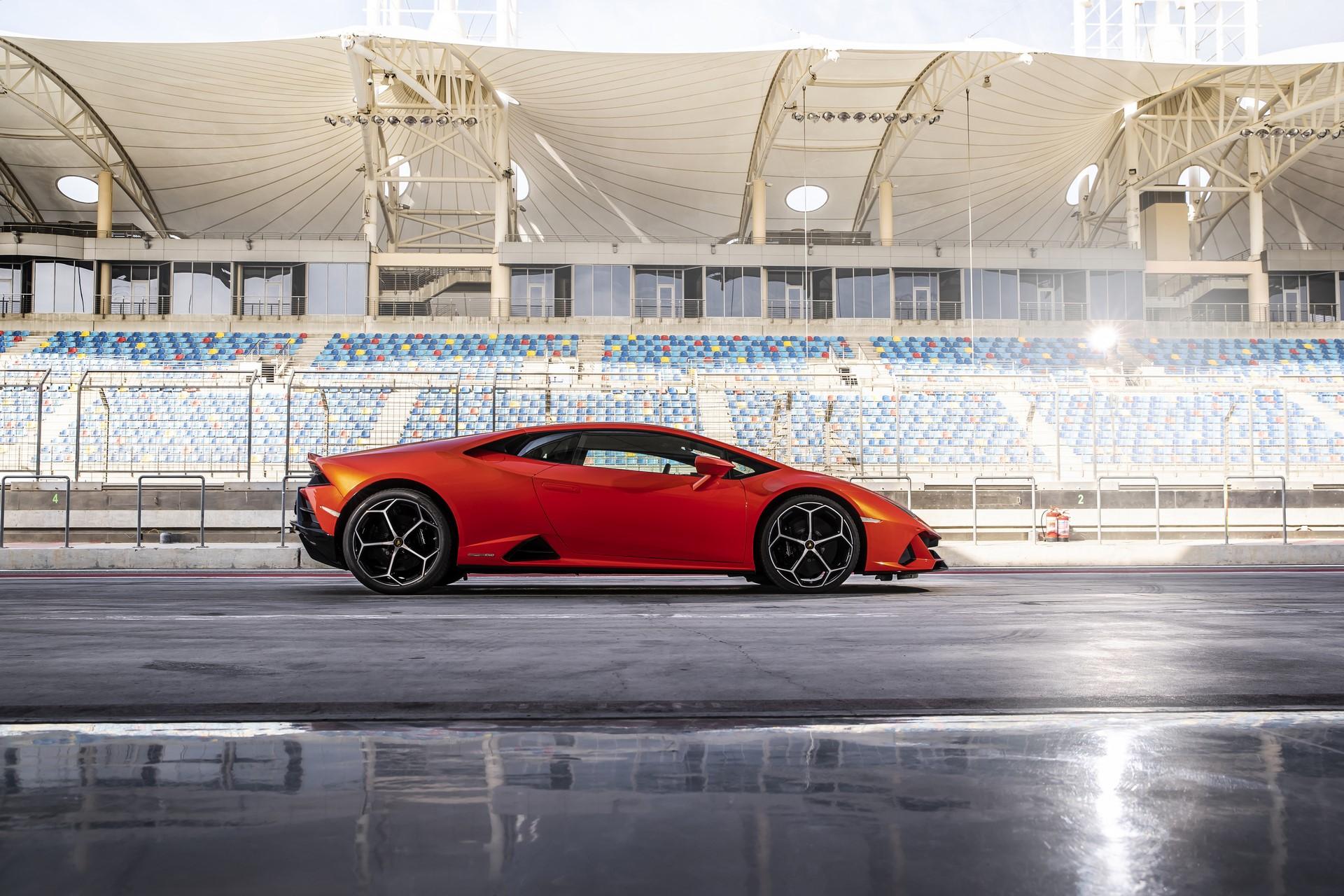 Lamborghini Huracan Evo 2019 (59)