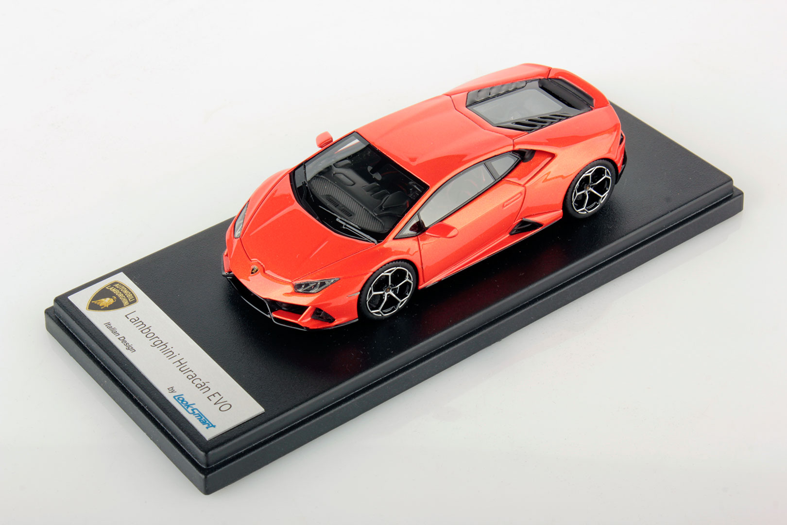 Lamborghini Huracan Evo miniature (1)