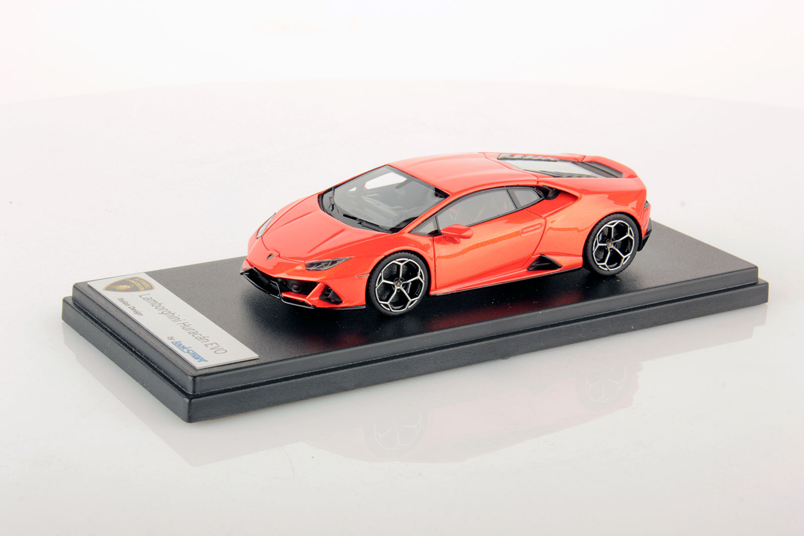 Lamborghini Huracan Evo miniature (3)