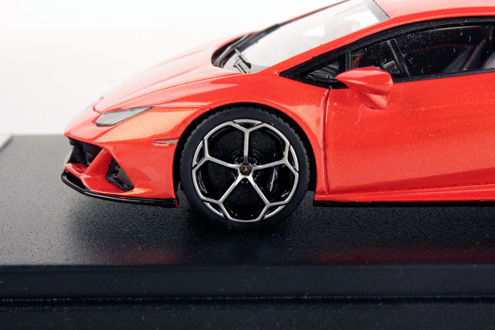 Lamborghini Huracan Evo miniature (8)