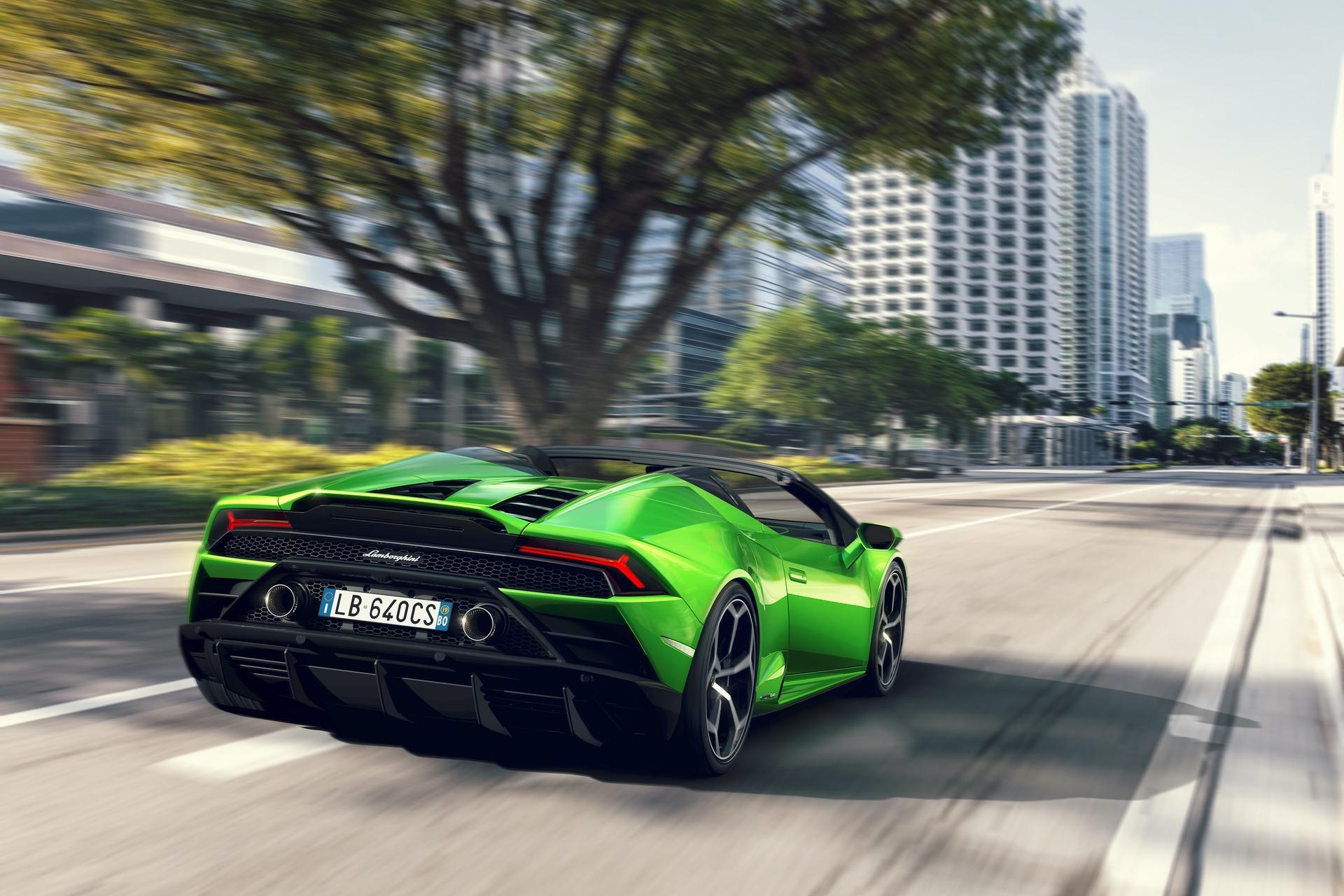 Lamborghini_Huracan_Evo_Spyder_0002