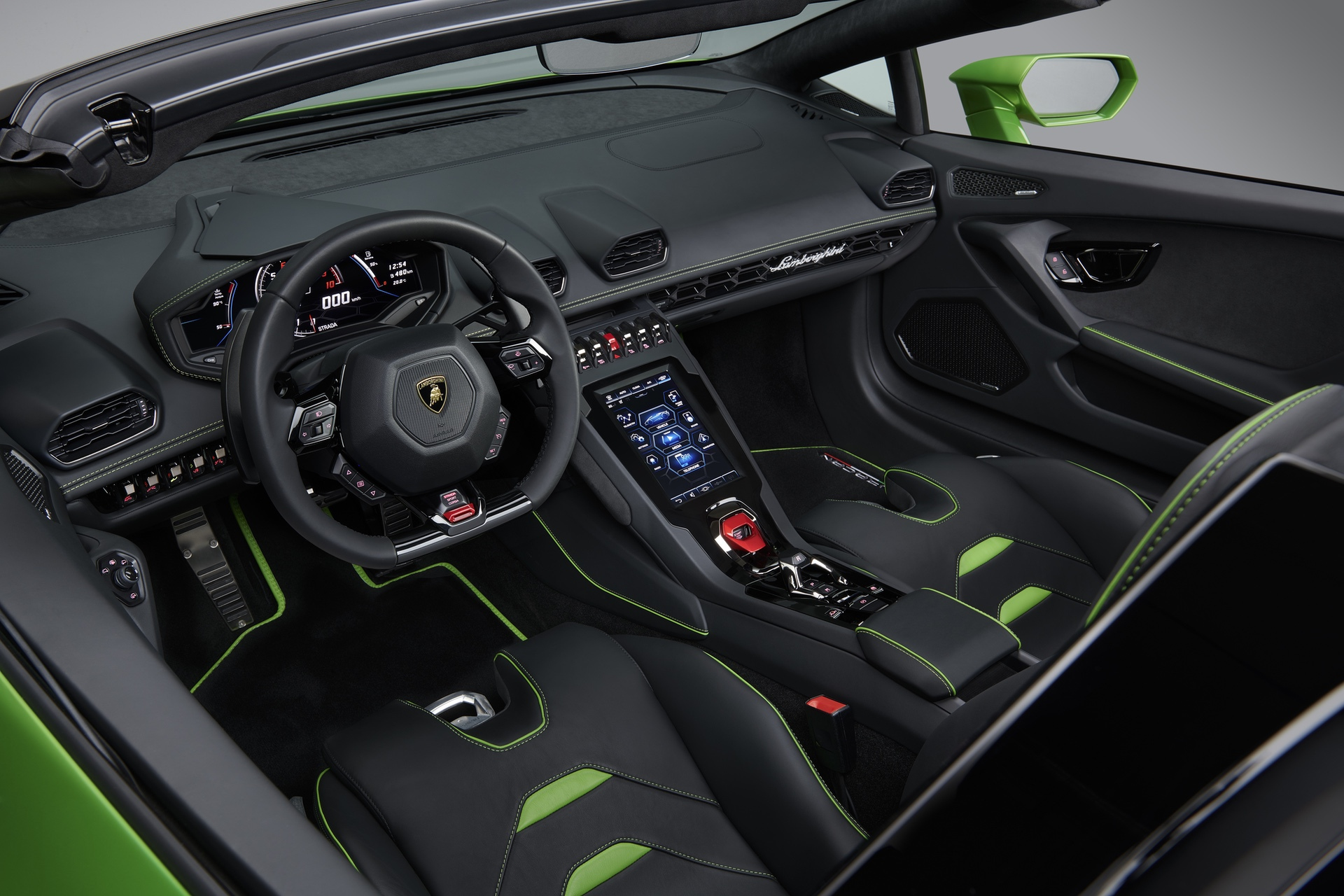 Lamborghini_Huracan_Evo_Spyder_0014