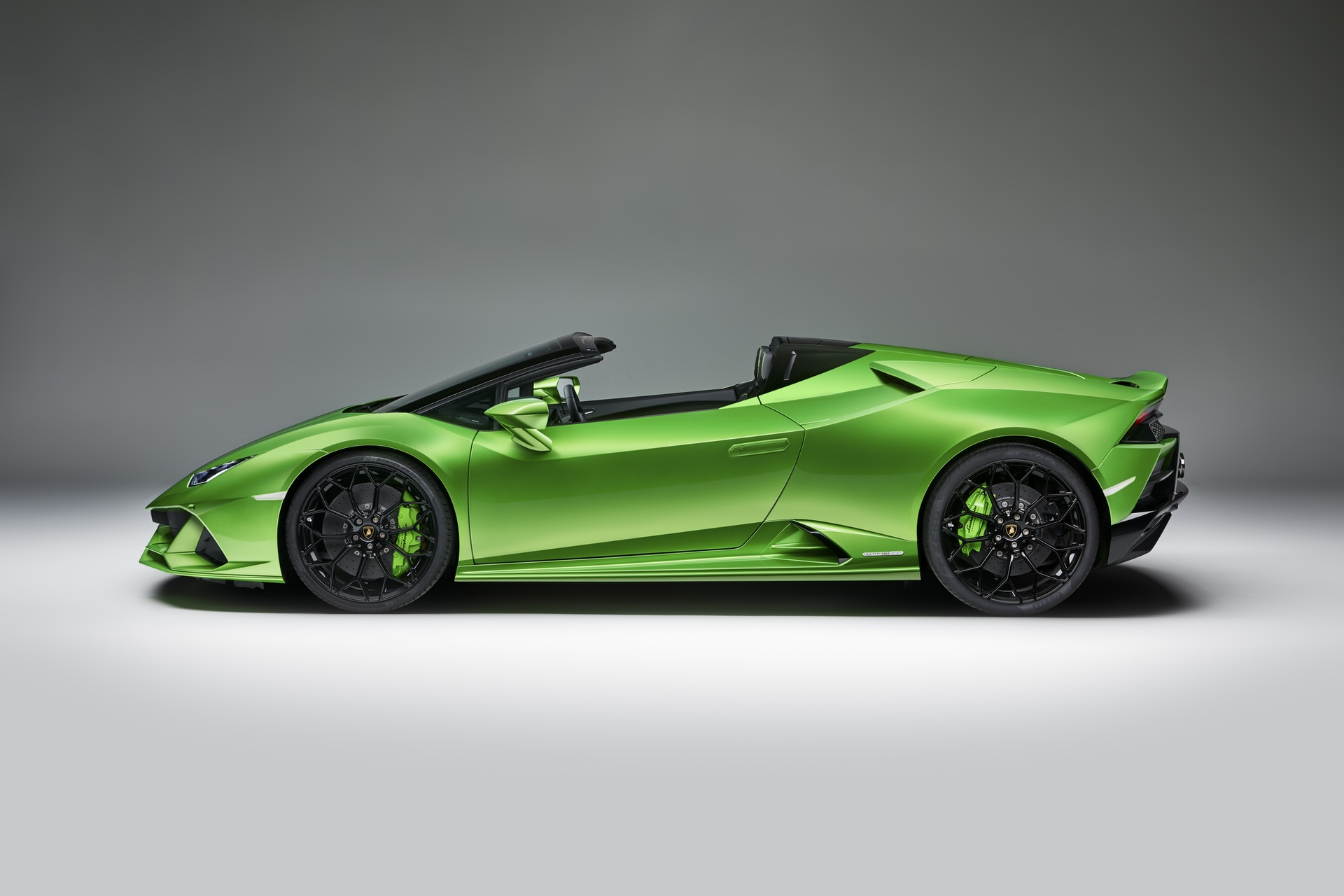 Lamborghini_Huracan_Evo_Spyder_0021