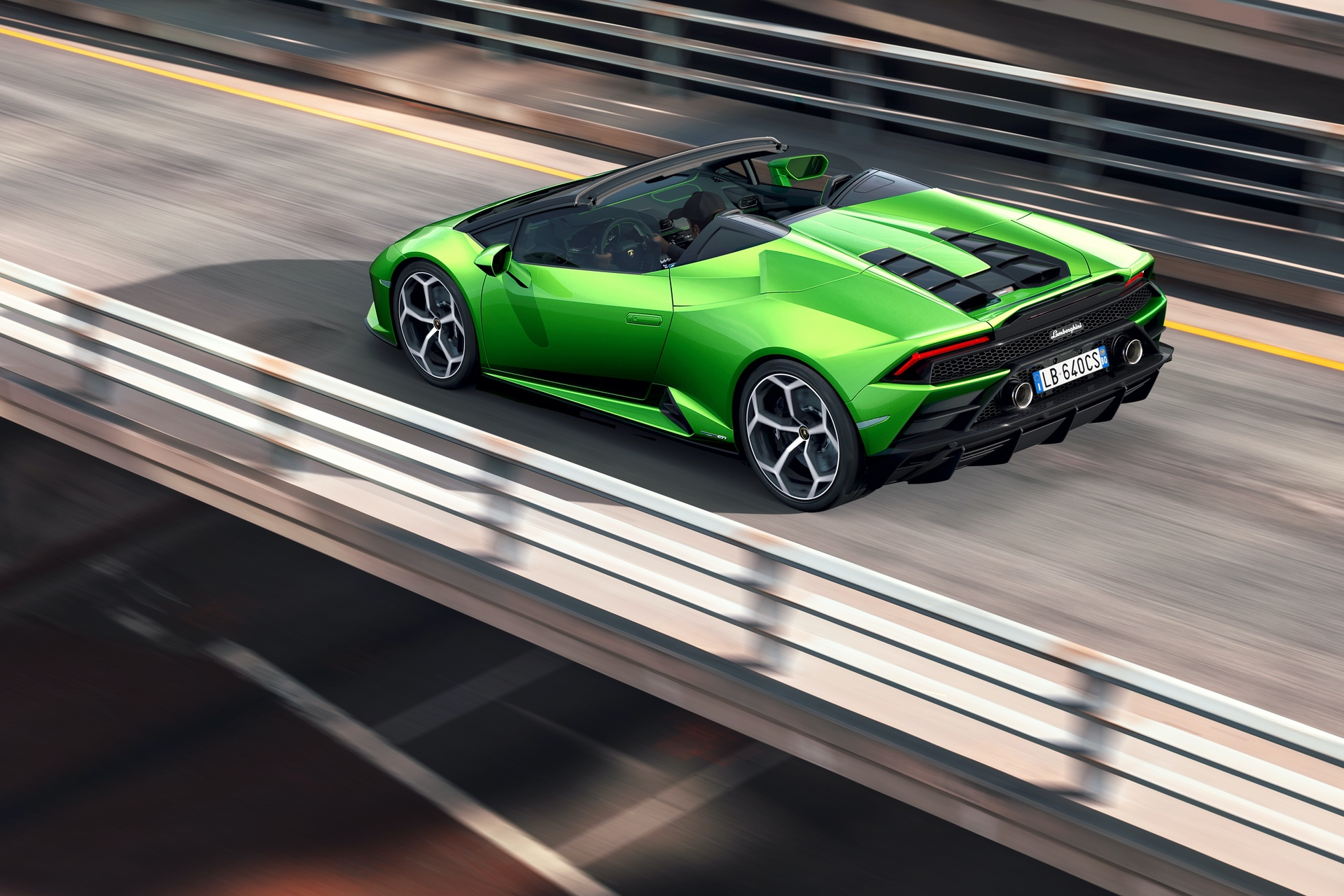 Lamborghini_Huracan_Evo_Spyder_0022
