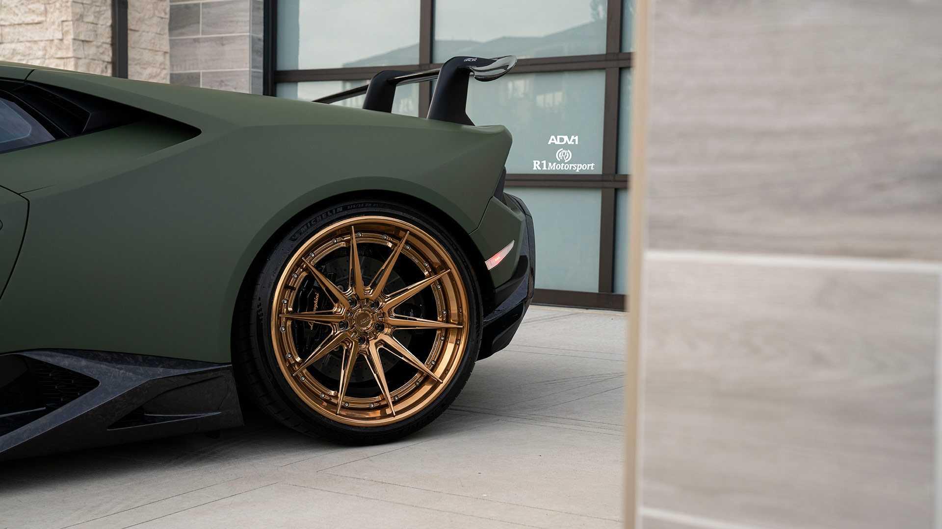 Lamborghini-Huracan-Performante-by-R1-Motorsport-7