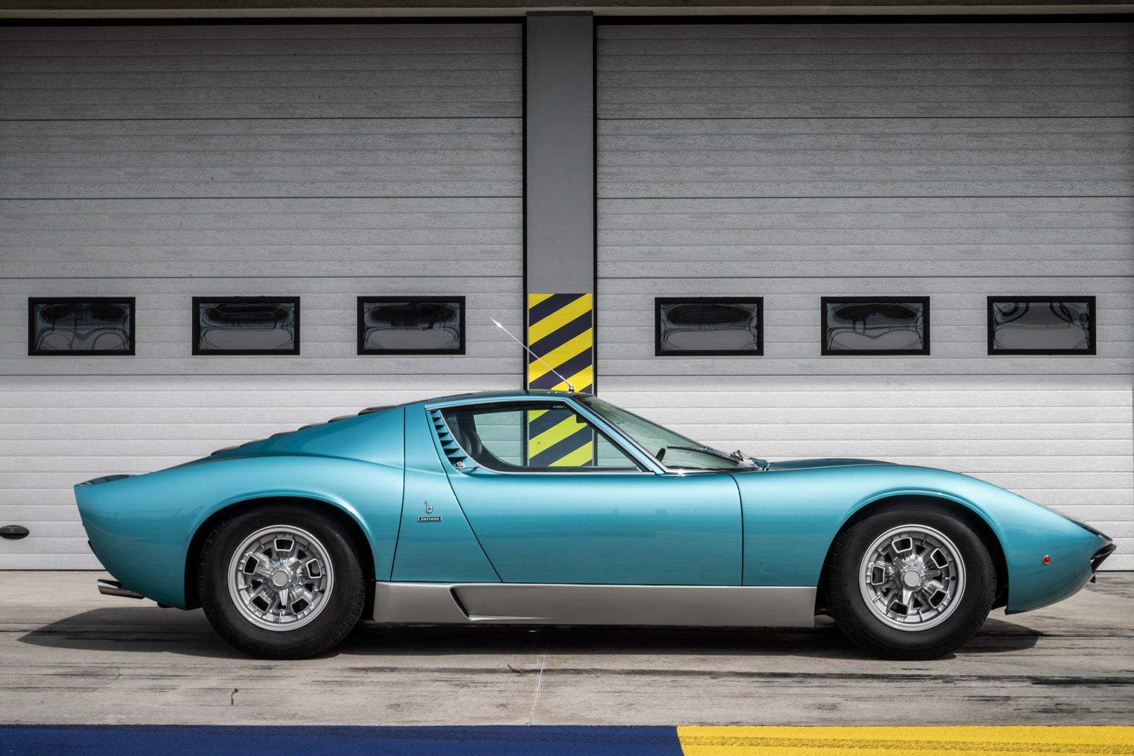 Lamborghini-Miura-P400-S-Azzurro-Mexico-8