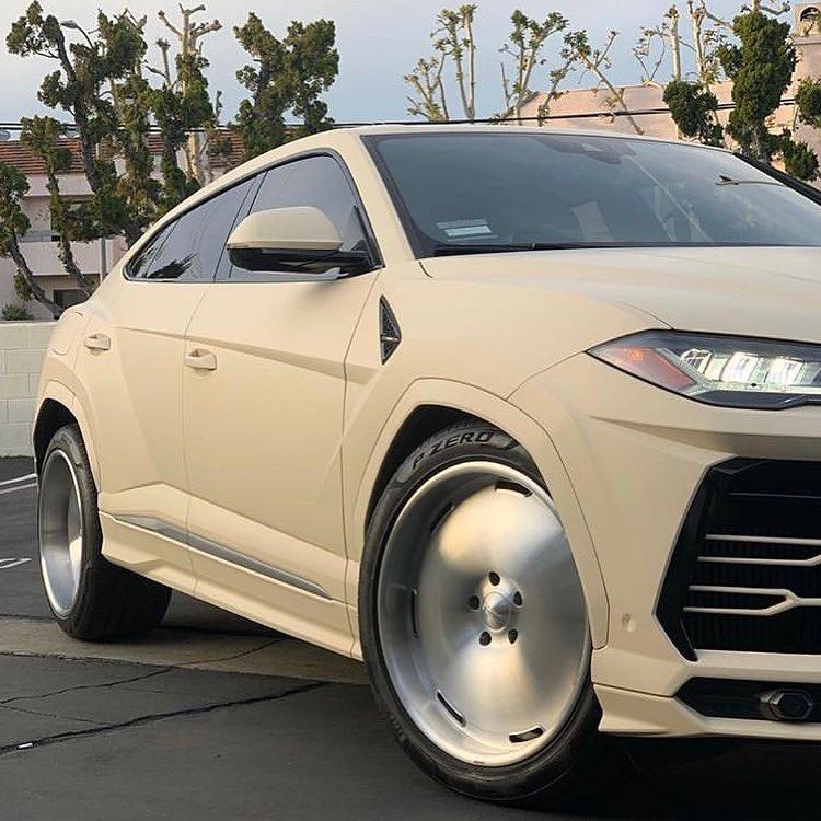 Lamborghini Urus Kanye West (3)