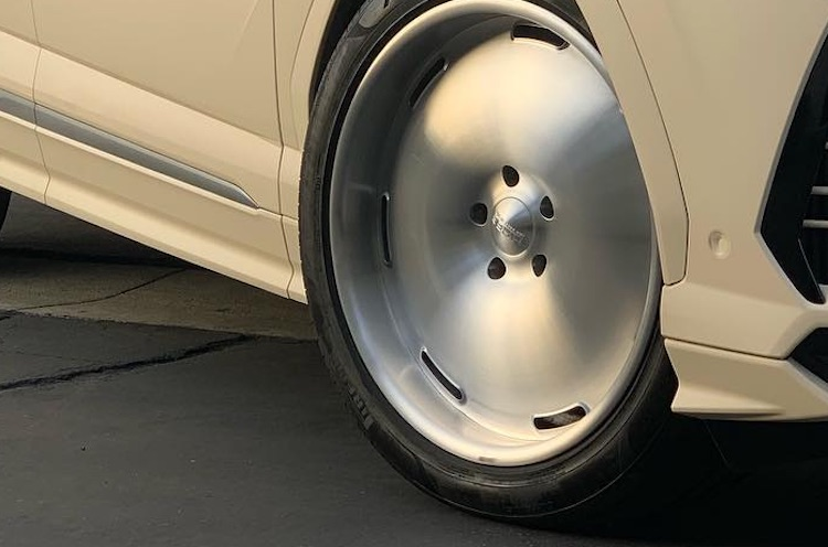 Lamborghini Urus Kanye West (6)