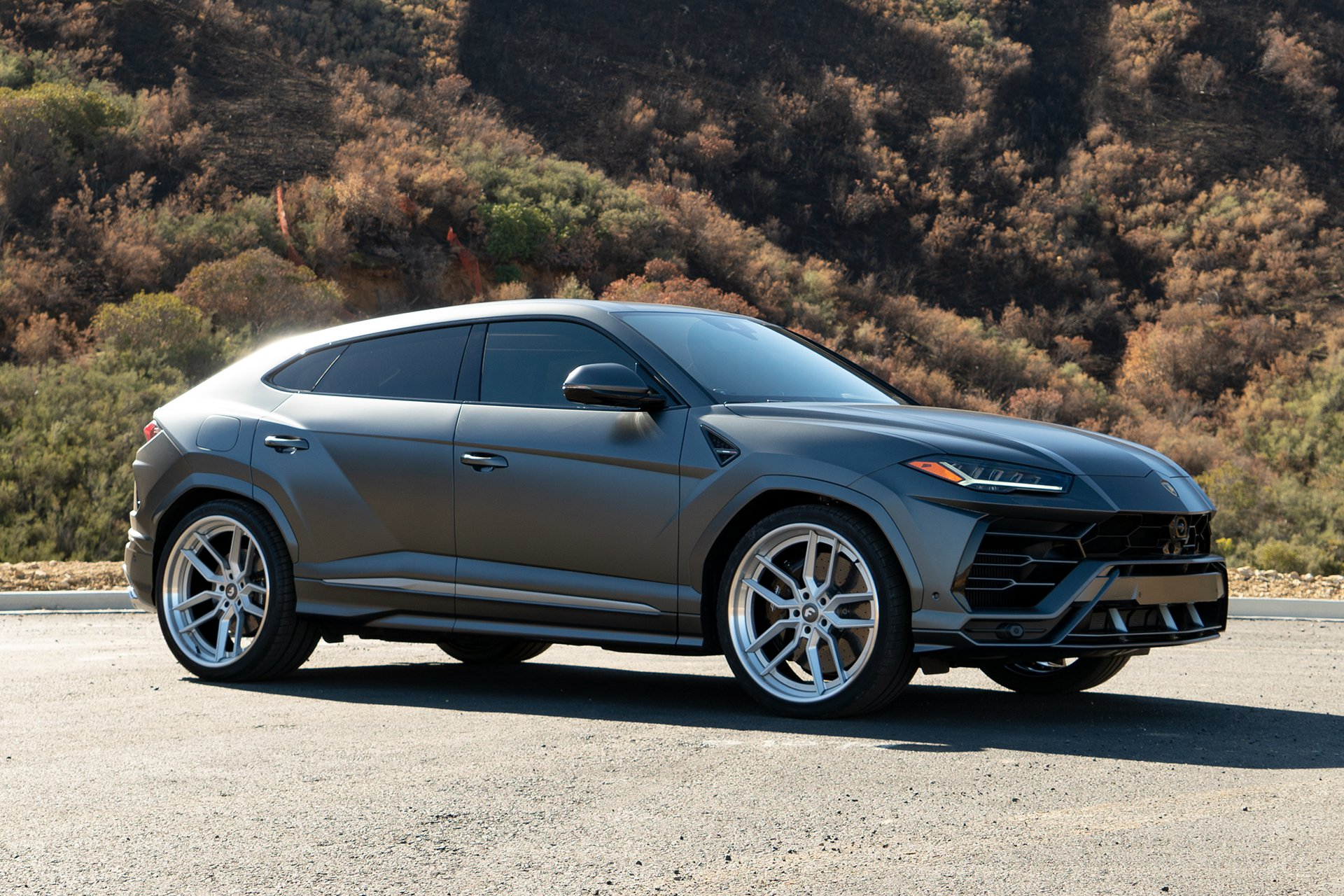 Lamborghini Urus with Forgiato TEC 39 wheel (1)