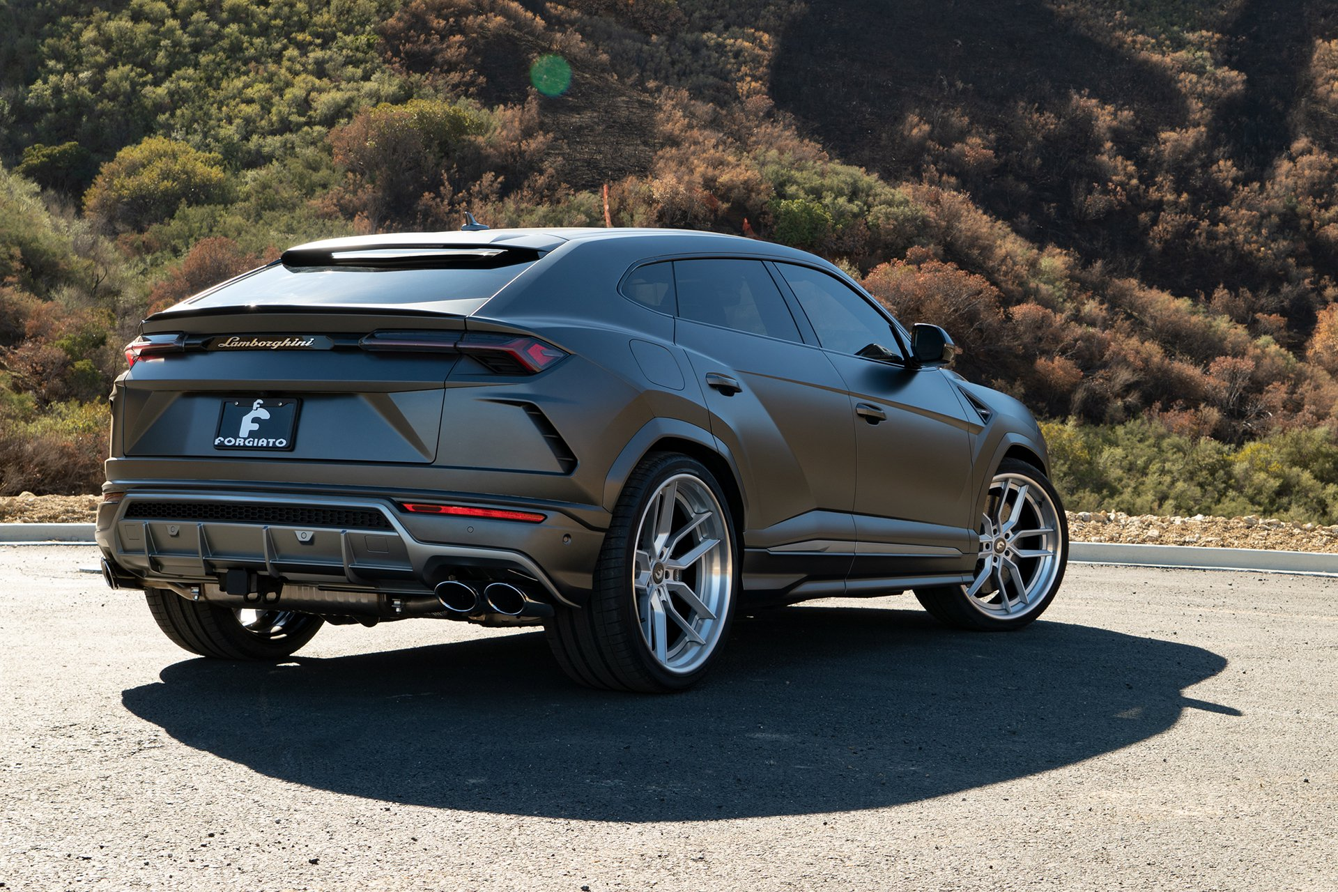 Lamborghini Urus with Forgiato TEC 39 wheel (3)