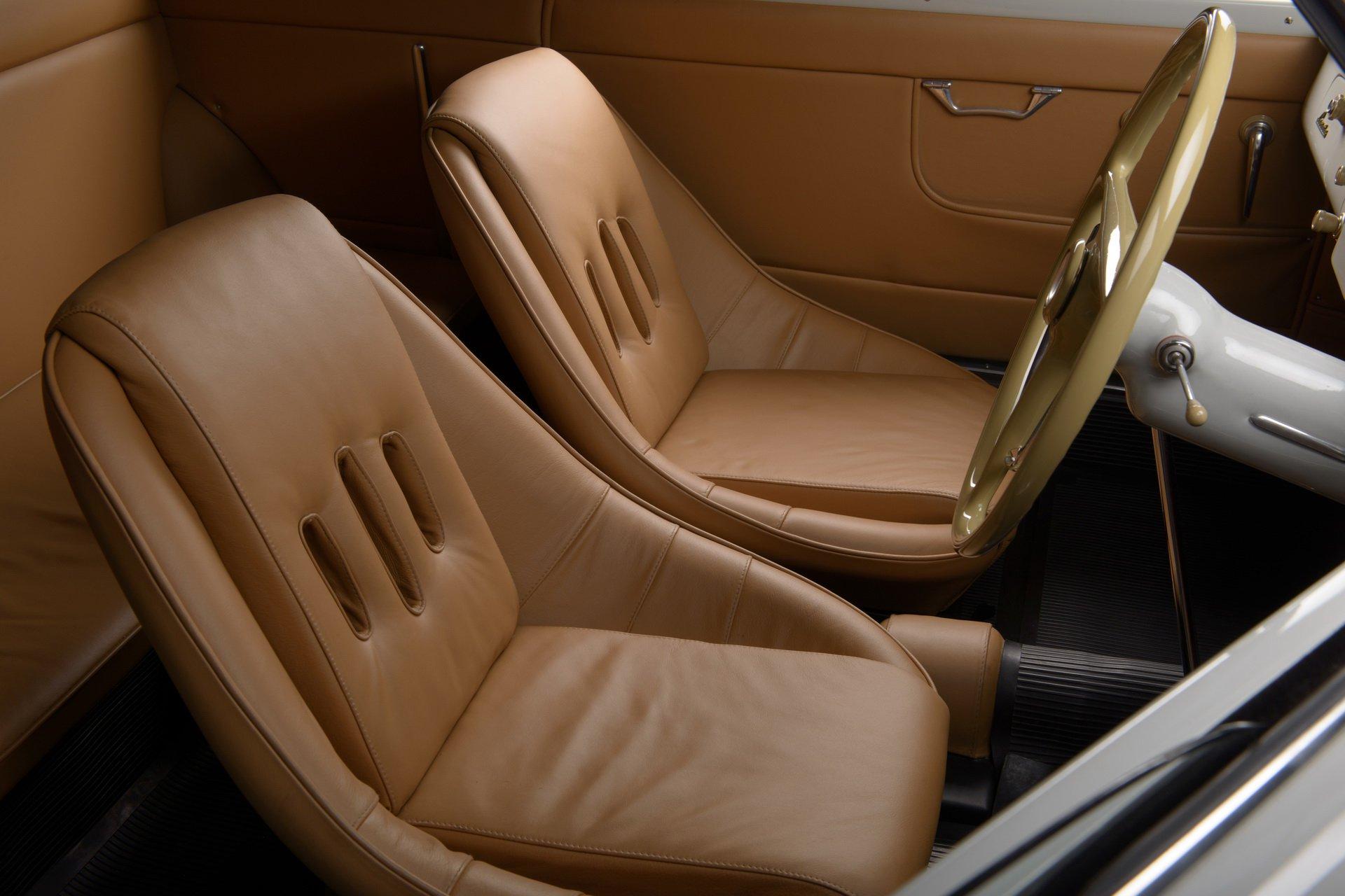 Lancia-Aurelia-B20-GT-restored-12